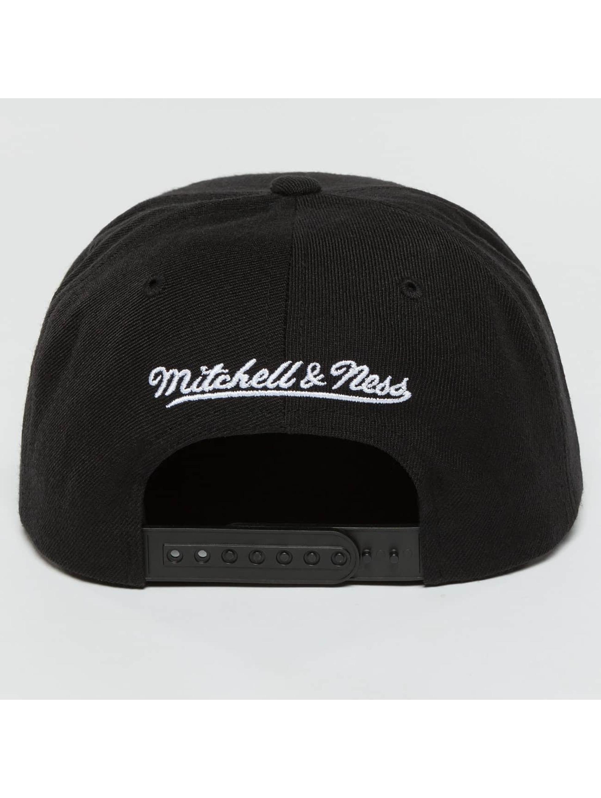 Mitchell & Ness Snapback Cap Full Dollar Chicago Bulls schwarz