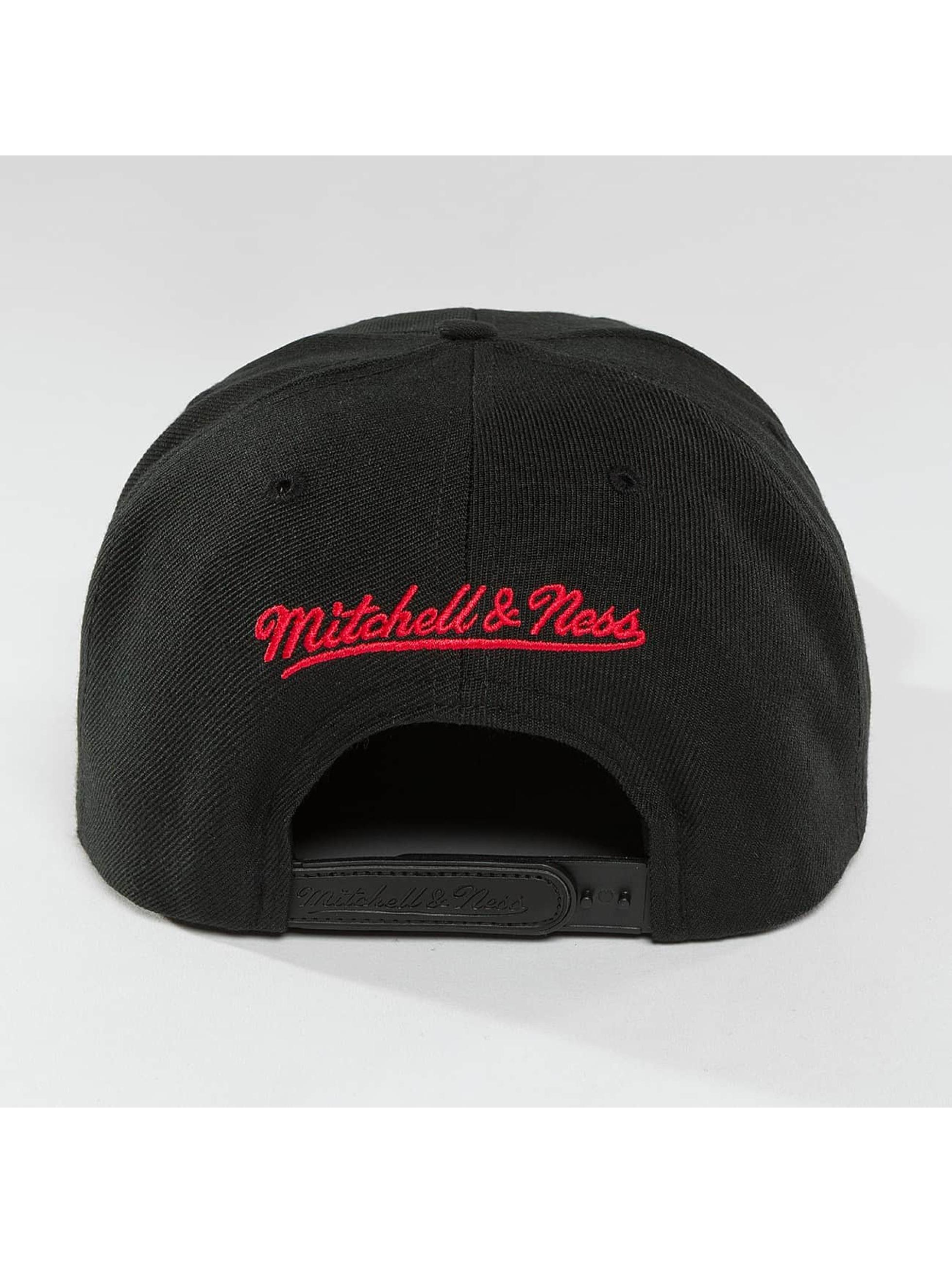 Mitchell & Ness snapback cap Red Pop Interlocked zwart