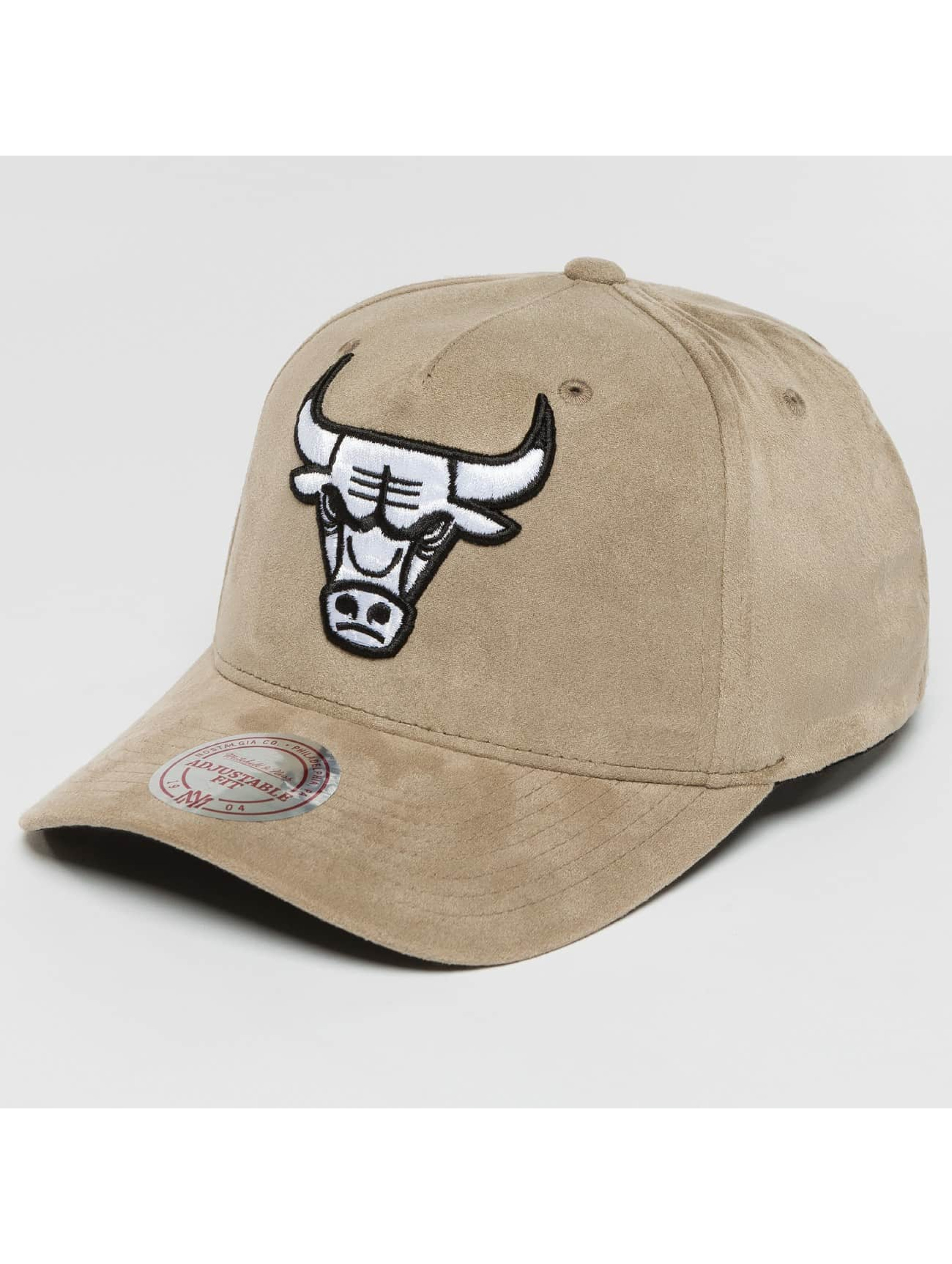 Mitchell & Ness Snapback Caps 110 Curved NBA Chicago Bulls Suede šedá