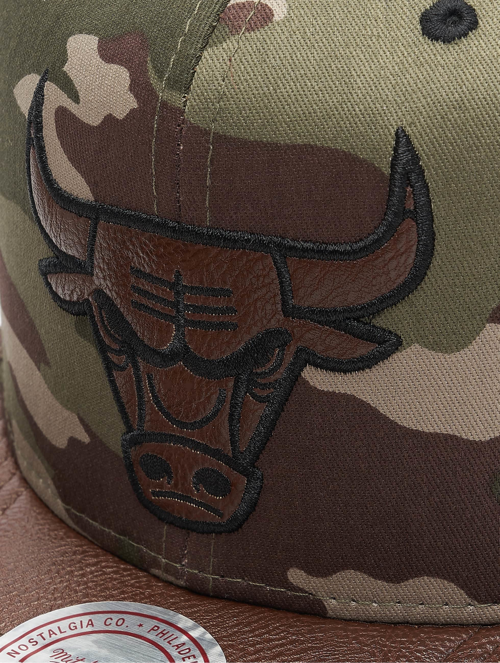 Mitchell & Ness Snapback Caps Dark Woodland Camo Chicago Bulls moro