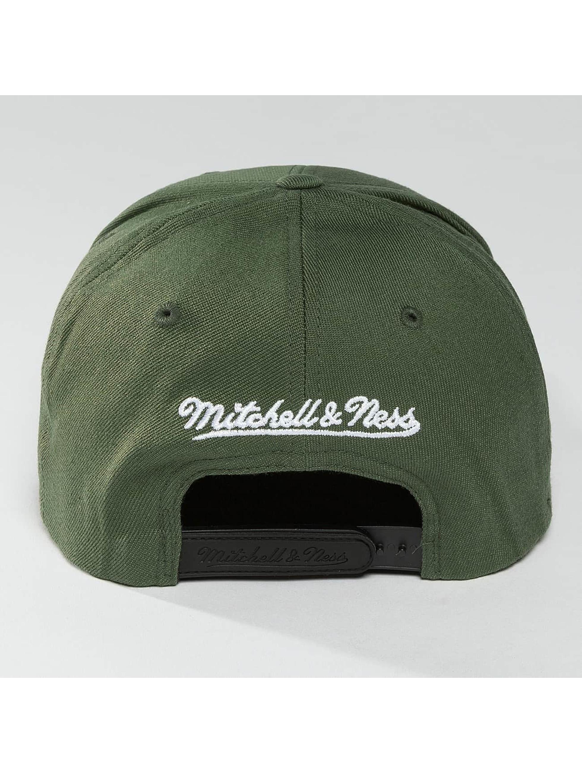 Mitchell & Ness Snapback Caps 110 The Camo & Suede oliivi