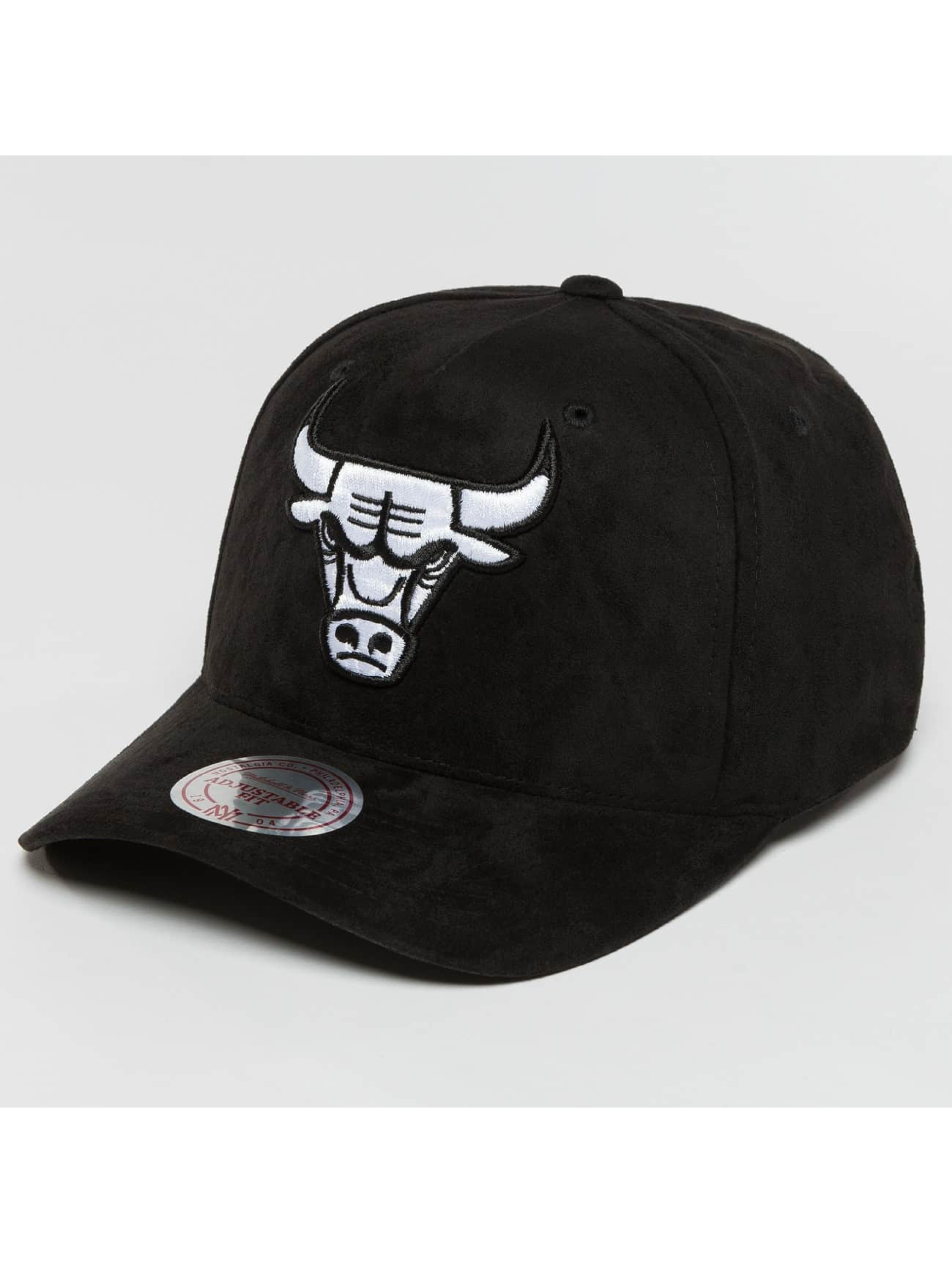 Mitchell & Ness Snapback Caps 110 Curved NBA Chicago Bulls Suede svart