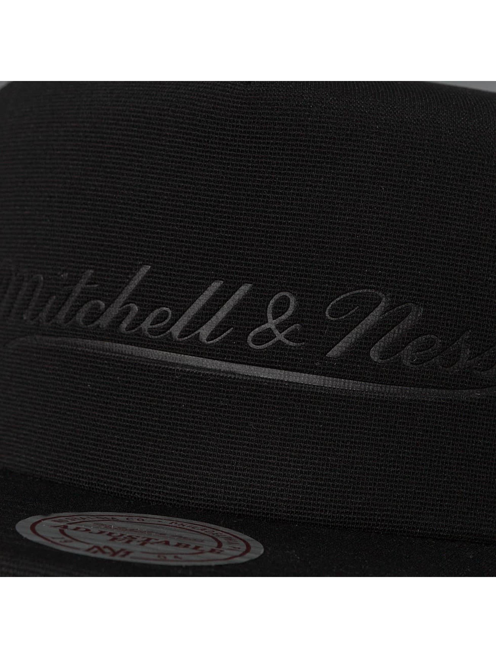 Mitchell & Ness Trucker Cap Tonal D Trucker schwarz