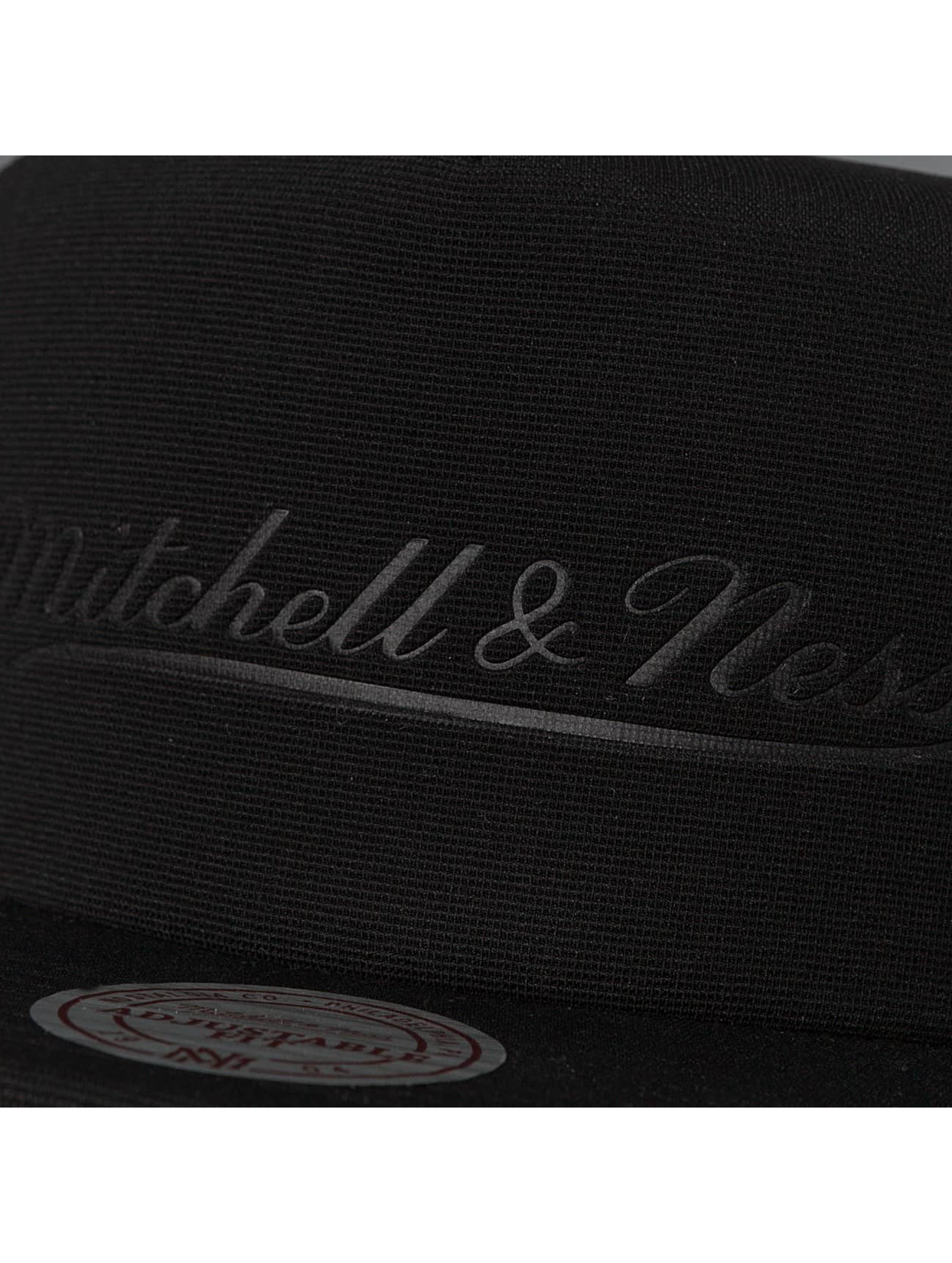 Mitchell & Ness Trucker Caps Tonal D Trucker czarny