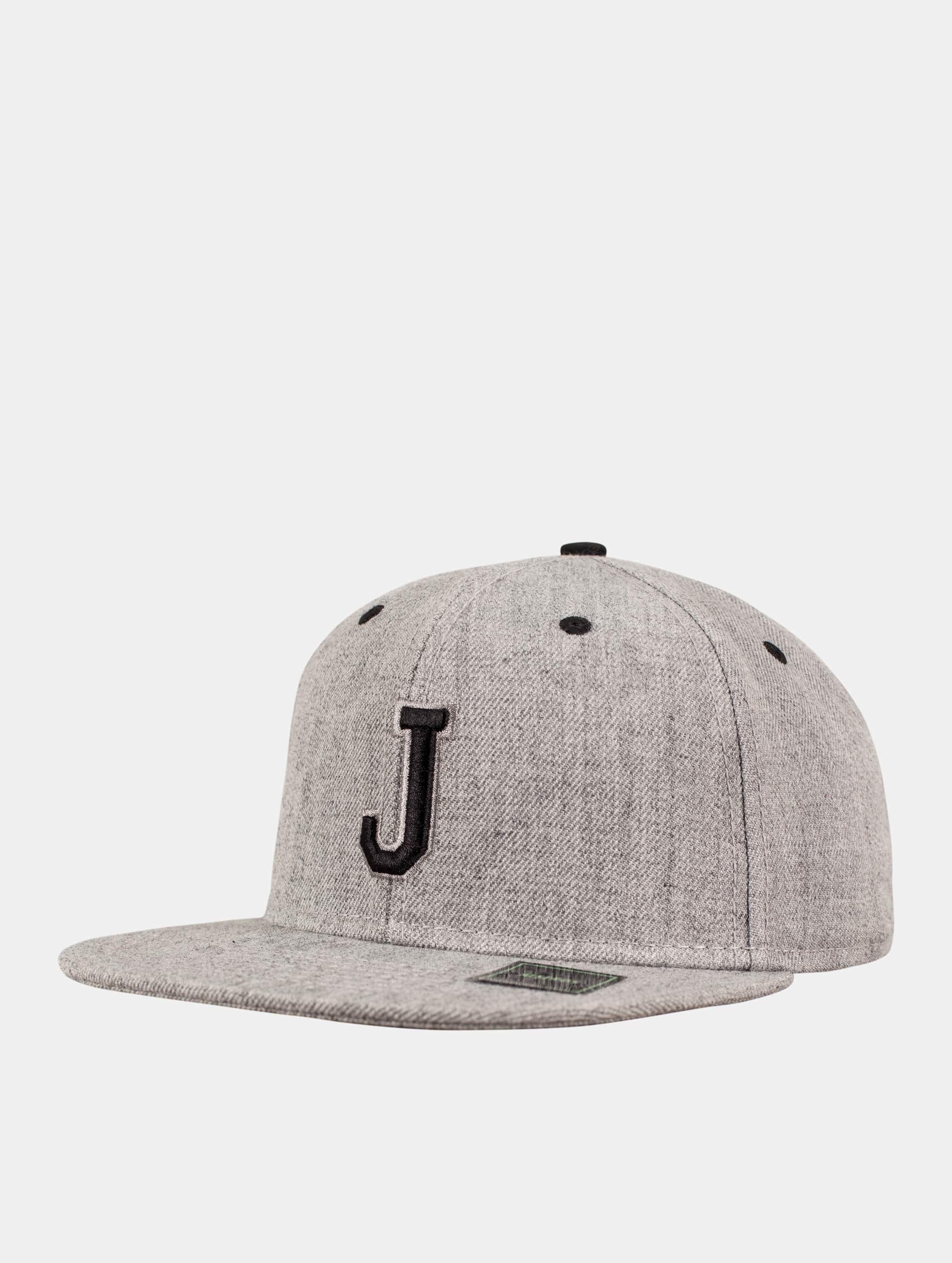 MSTRDS Snapback Cap J Letter grey