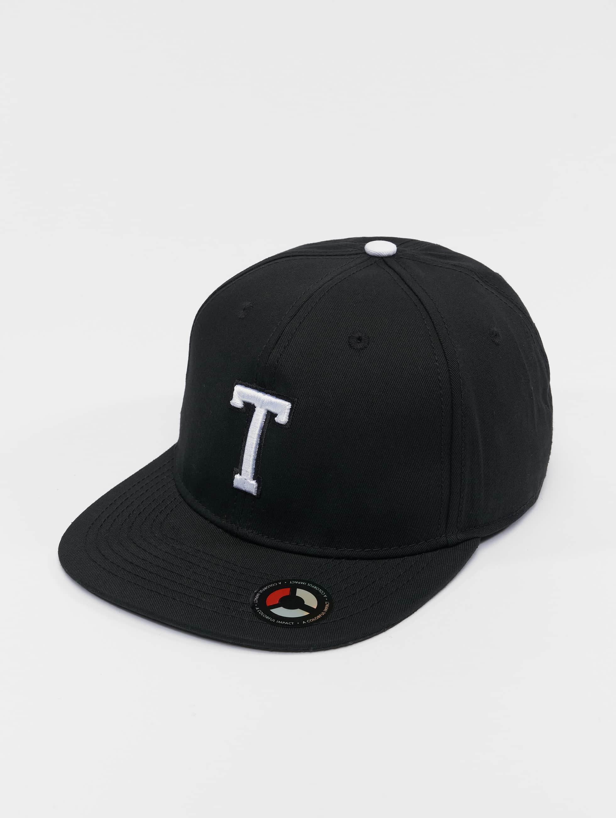 MSTRDS Snapback Cap T Letter schwarz