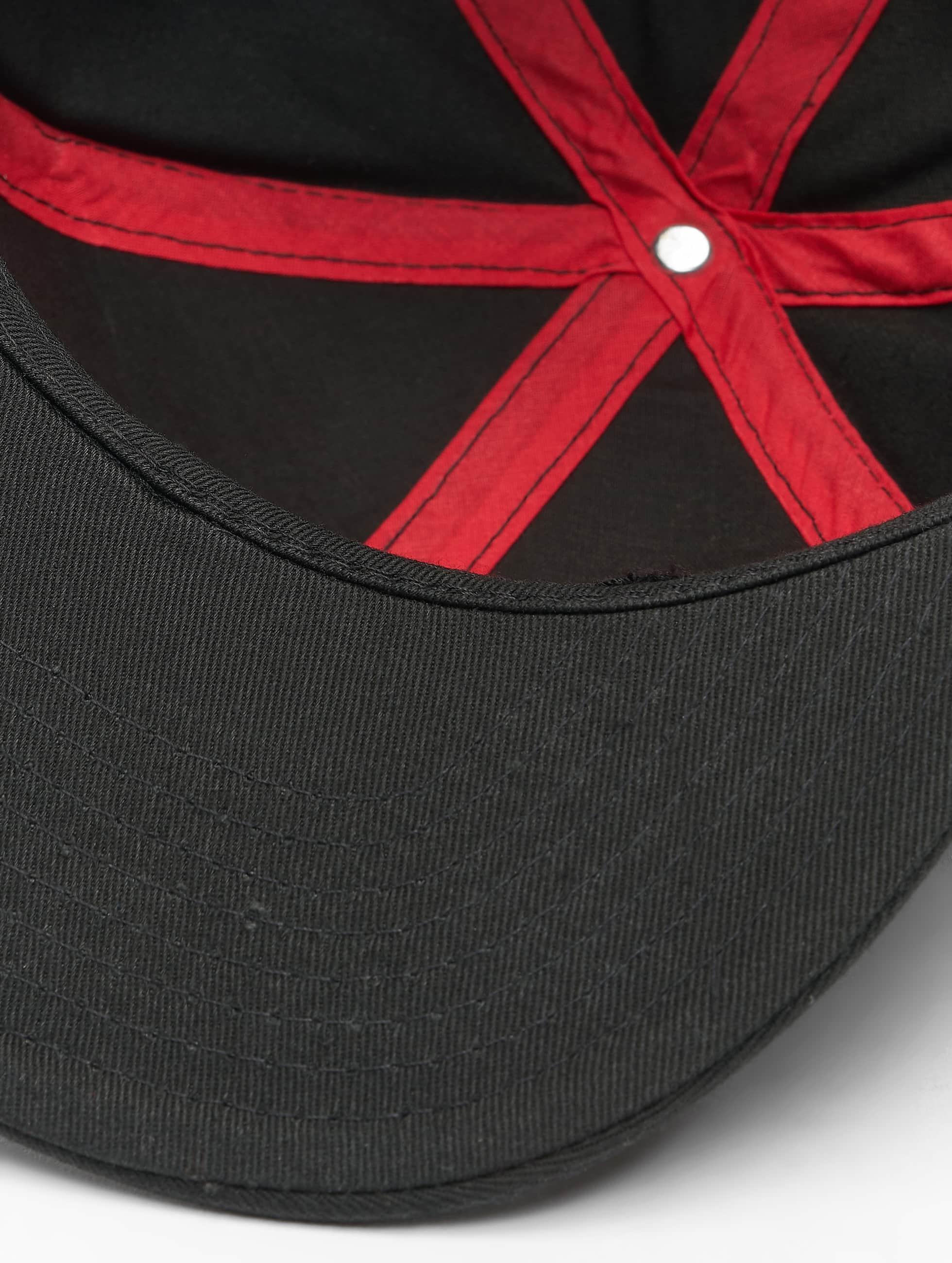 MSTRDS Snapback Cap X Letter schwarz