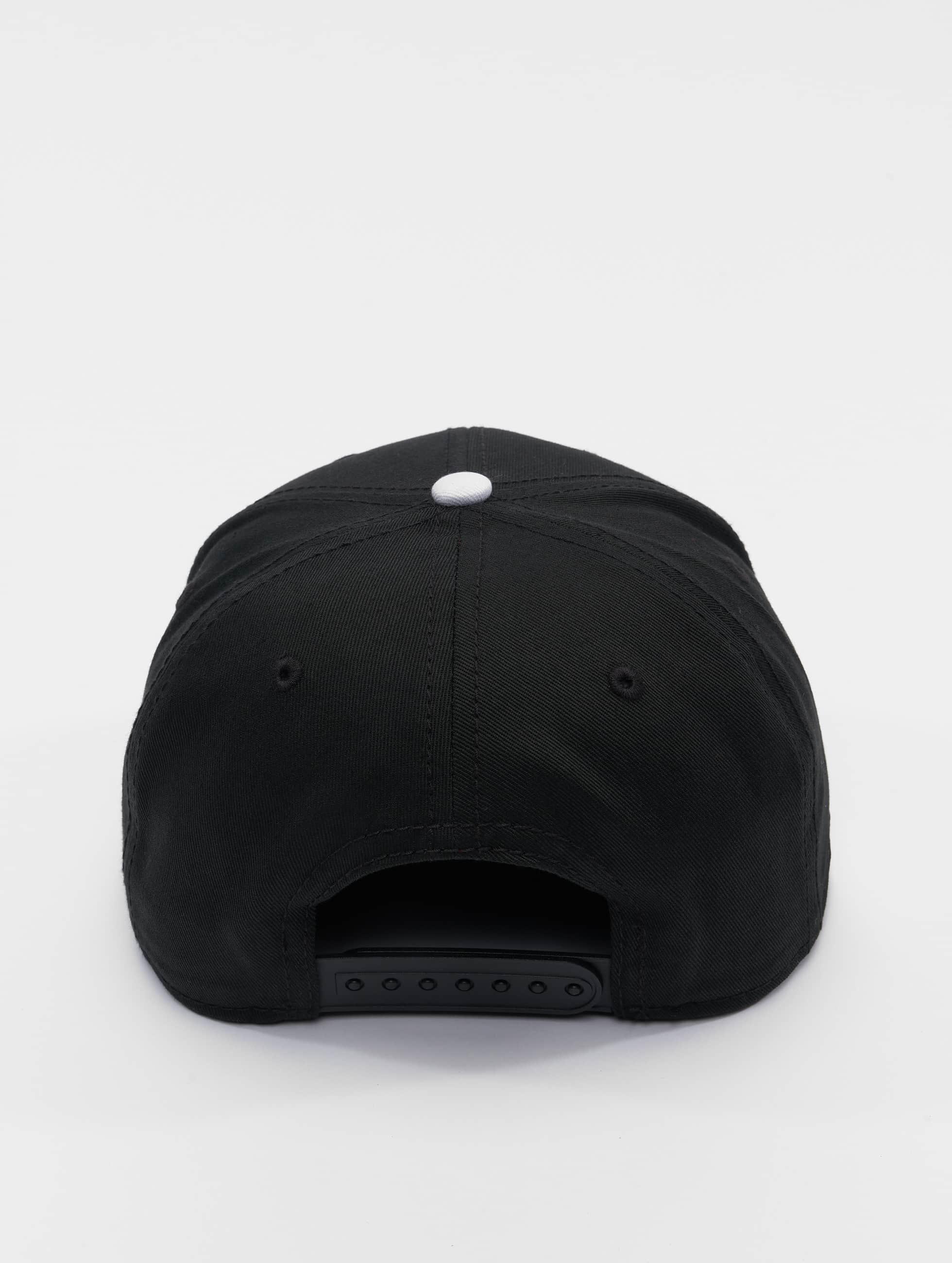 MSTRDS snapback cap A Letter zwart