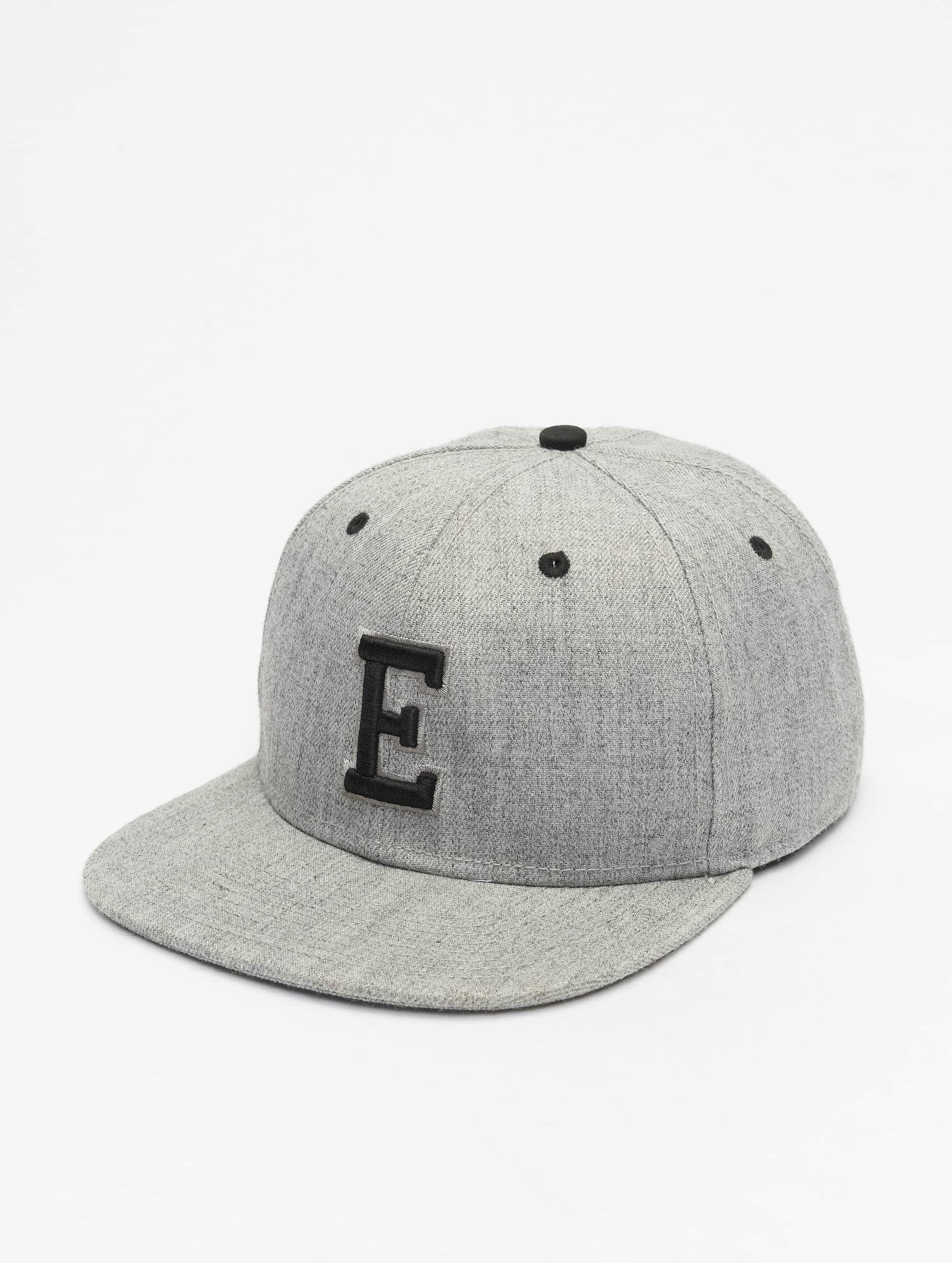 MSTRDS Snapback Caps E Letter grå