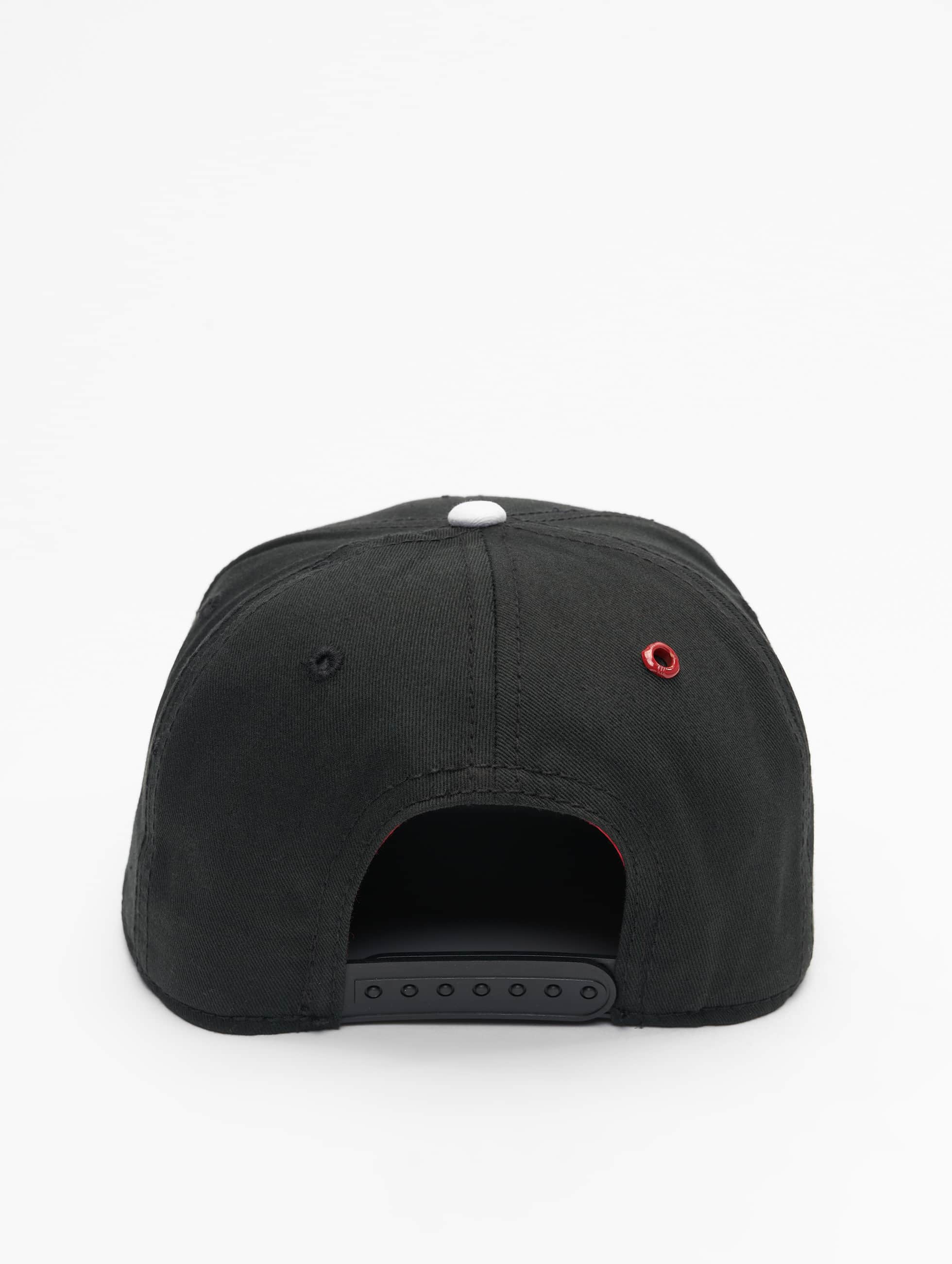 MSTRDS Snapback Caps I Letter musta