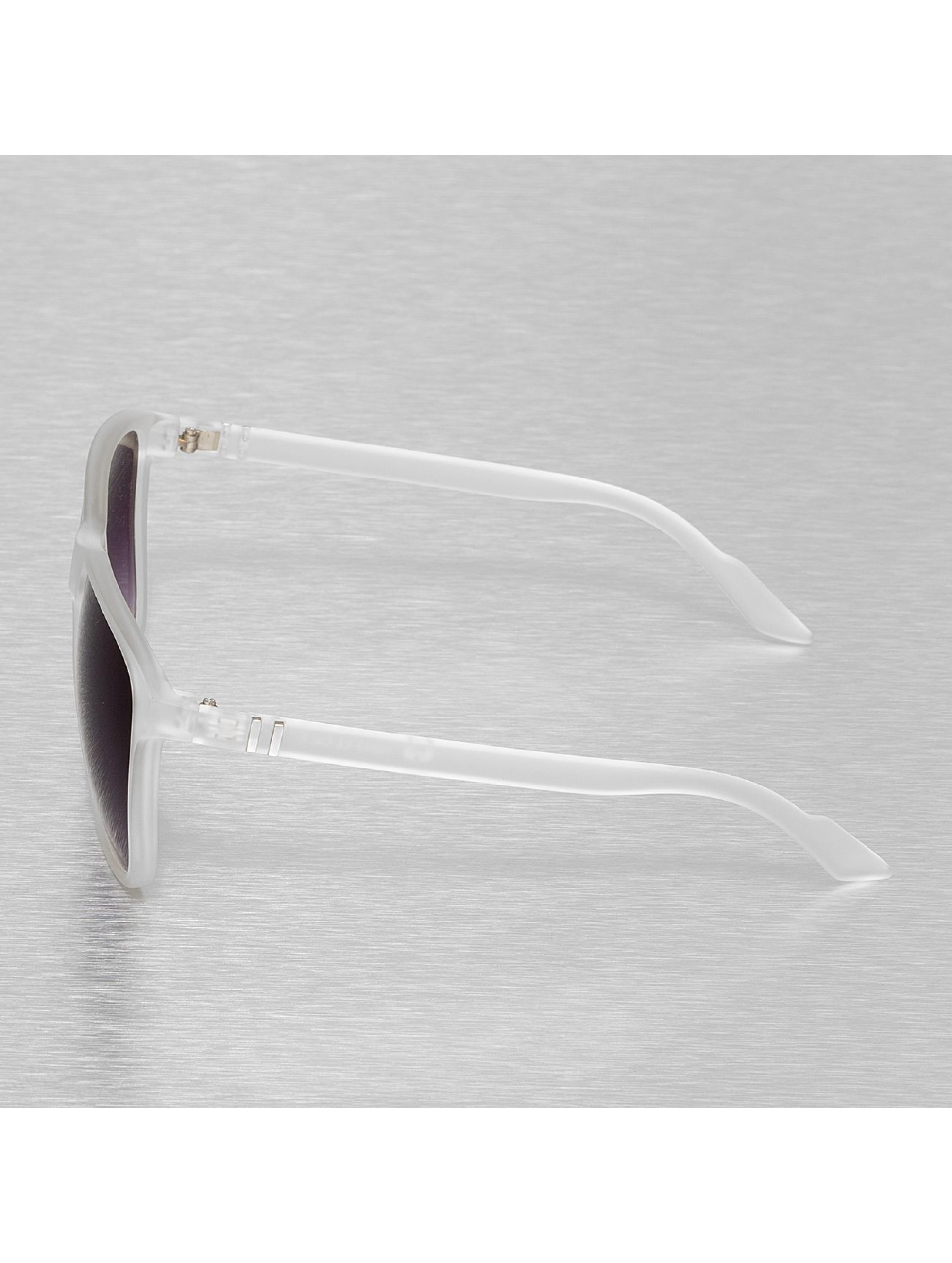 MSTRDS Sonnenbrille Chirwa weiß