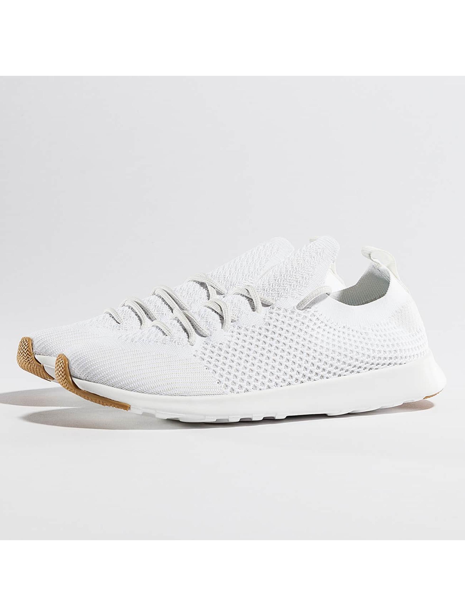 Native Chaussures / Baskets AP Mercury LiteKnit en blanc