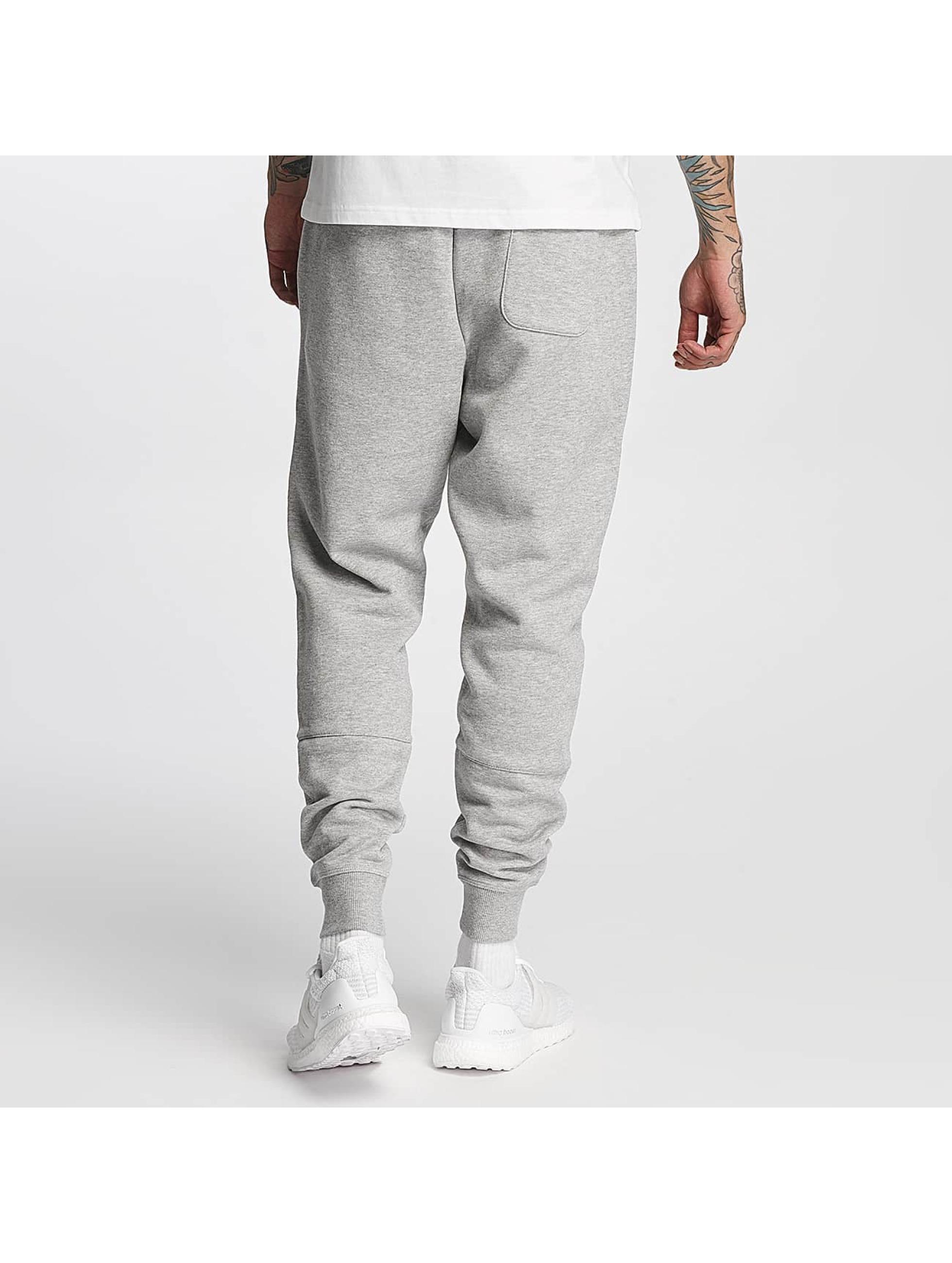 New Balance Sweat Pant Essentials gray