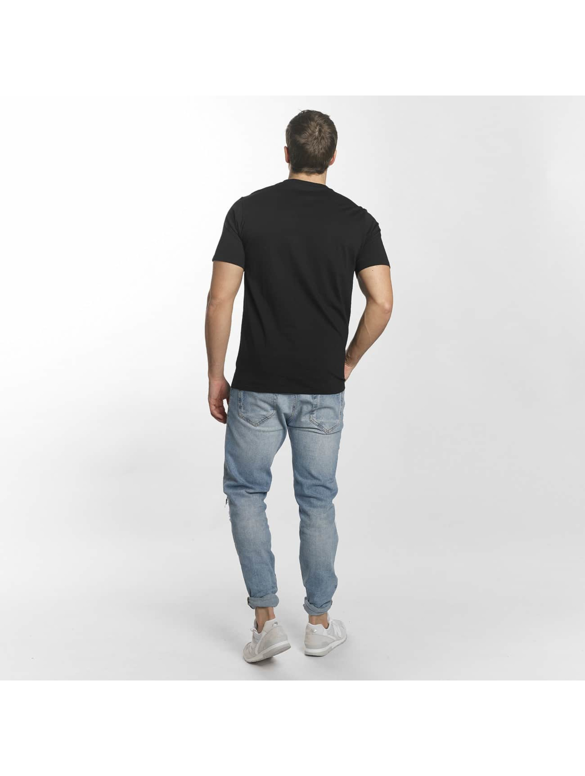 New Balance T-Shirt MT73587 Essentials black