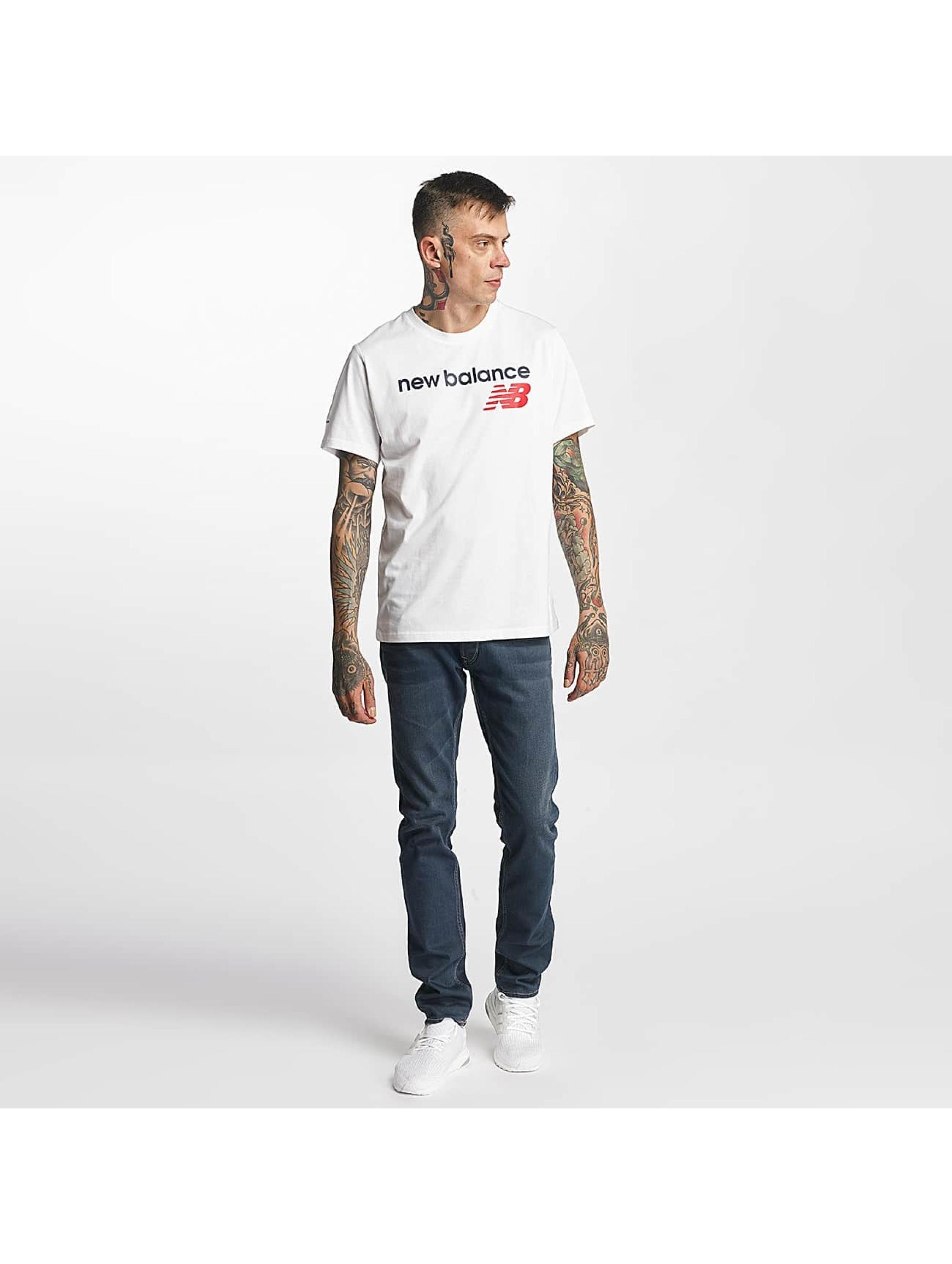 New Balance T-skjorter Athletic Main LG hvit