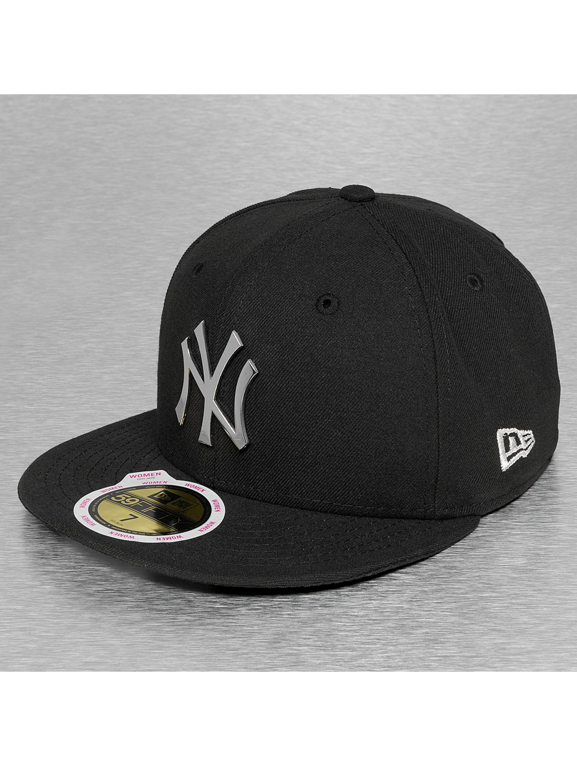 New Era Бейсболка Fitted Badge NY Yankees черный