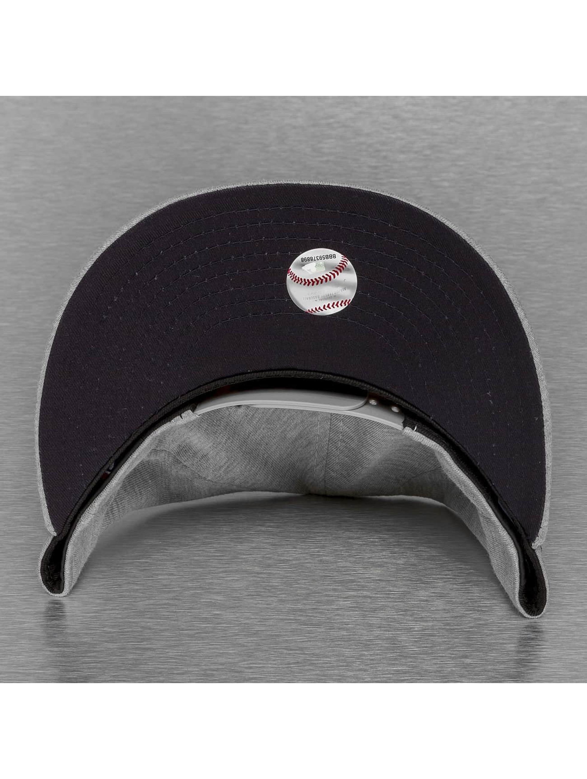 New Era Кепка с застёжкой Jersey Team NY Yankees серый