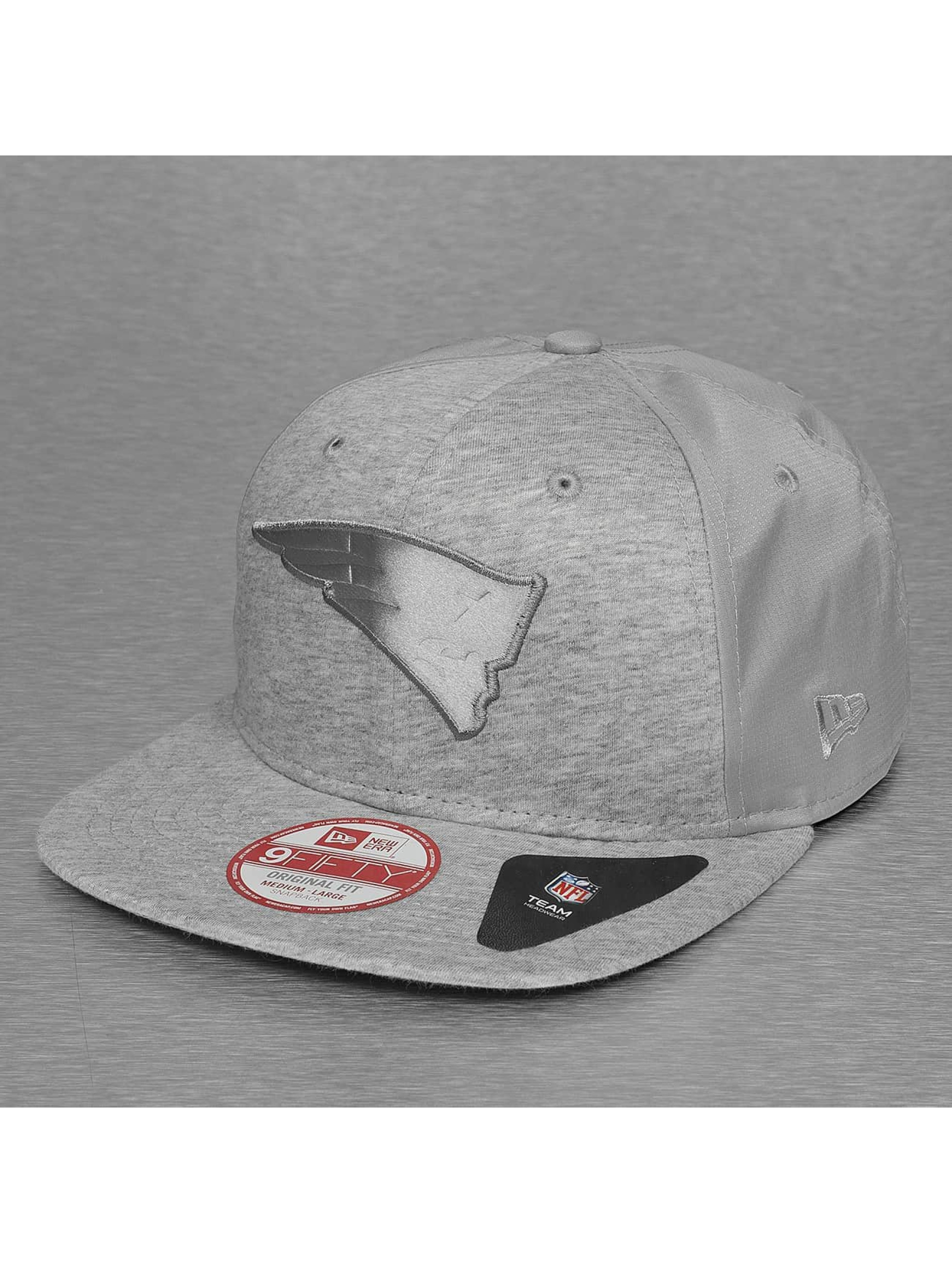 New Era Casquette Snapback & Strapback New England Patriots Remix Embossed gris