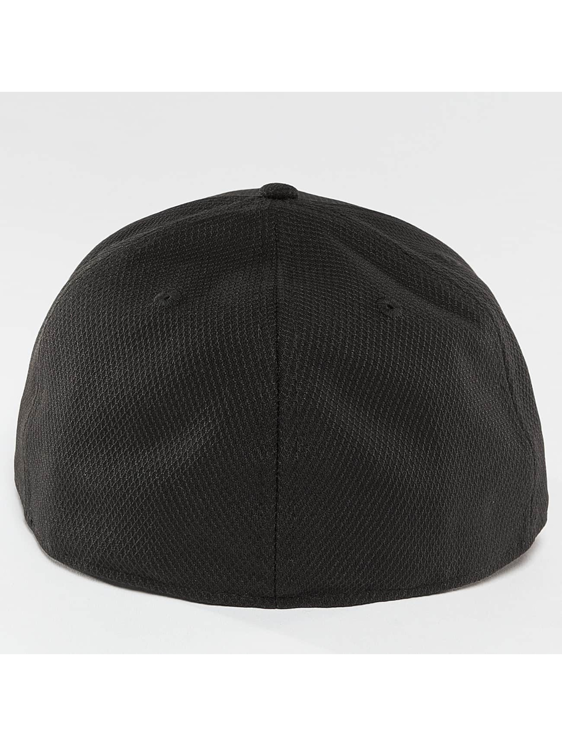 New Era Fitted Cap Diamond Era Essential NY Yankees black