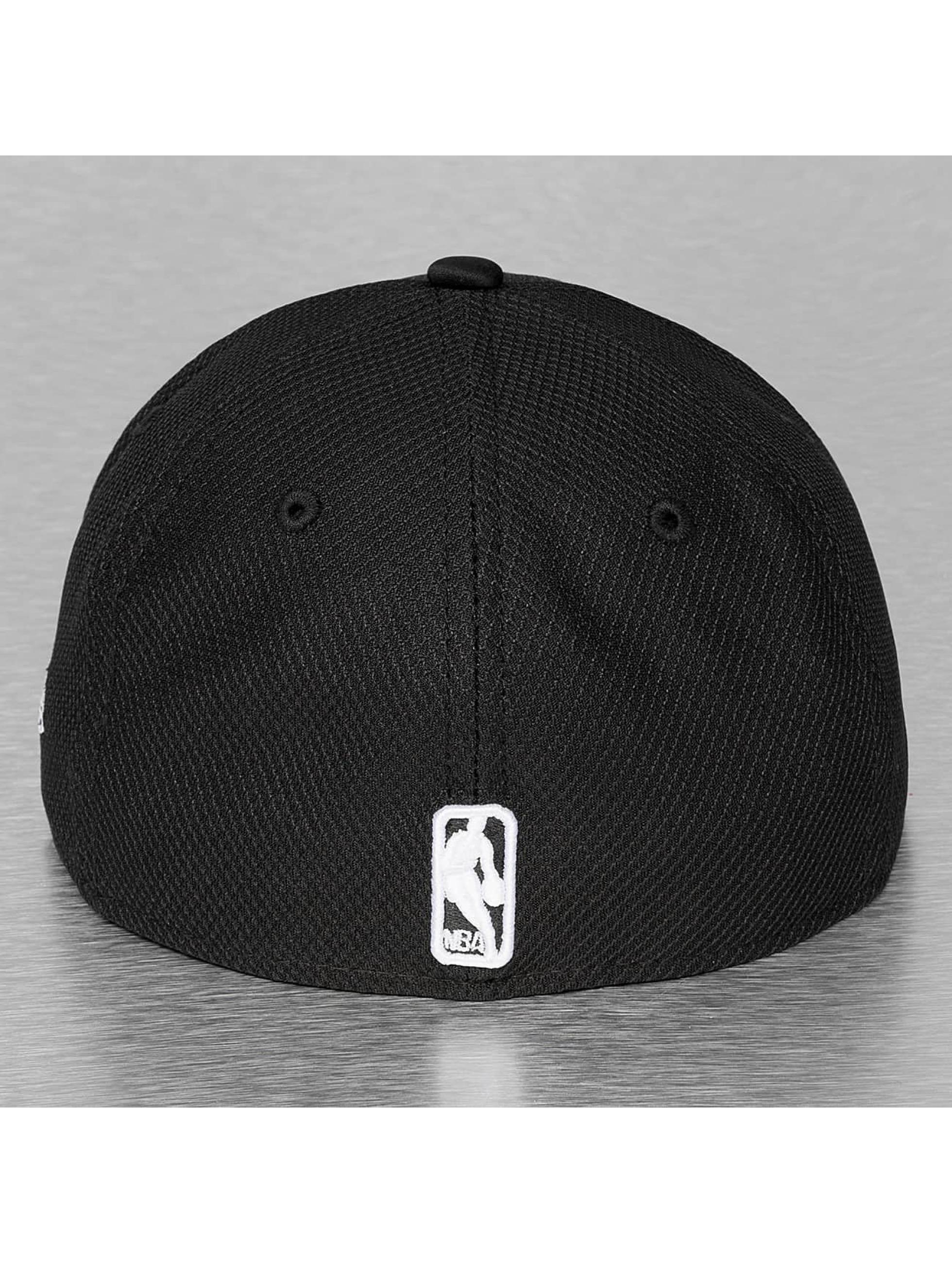 New Era Fitted Cap Diamond Era Neoprene Chicago Bulls zwart