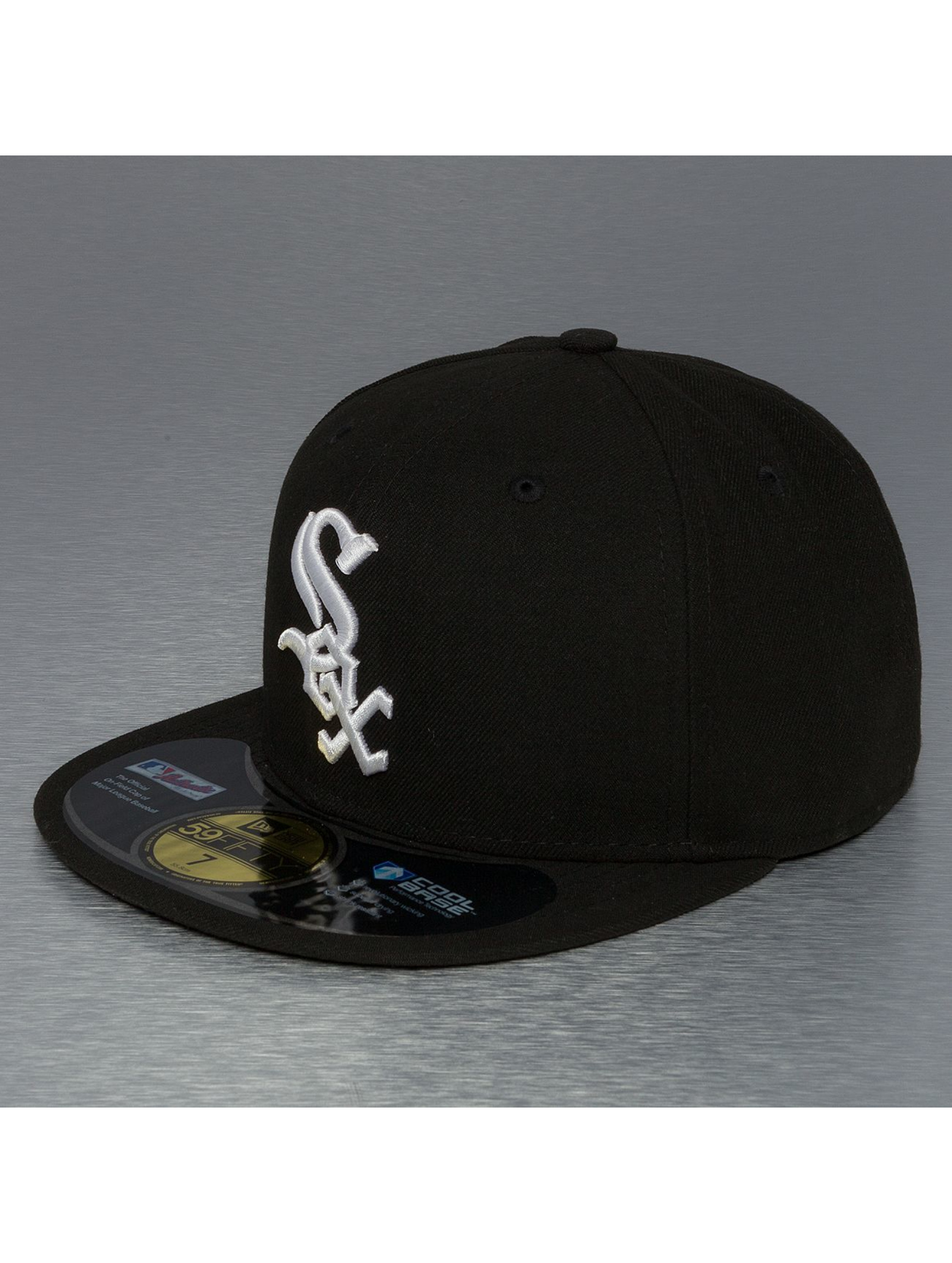New Era Fitted Cap UK Authentics Performance Chicago White Sox 59Fifty zwart