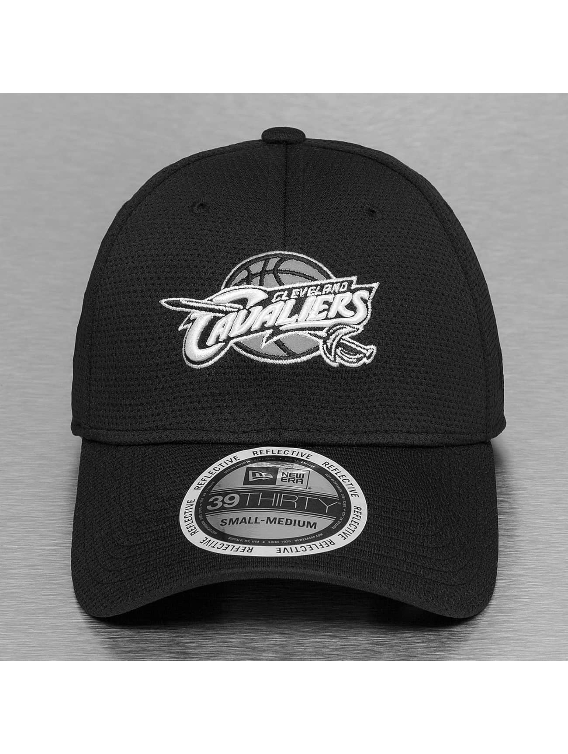 New Era Flexfitted Cap NBA Reflective Pack Cleveland Cavaliers 39Thirty èierna