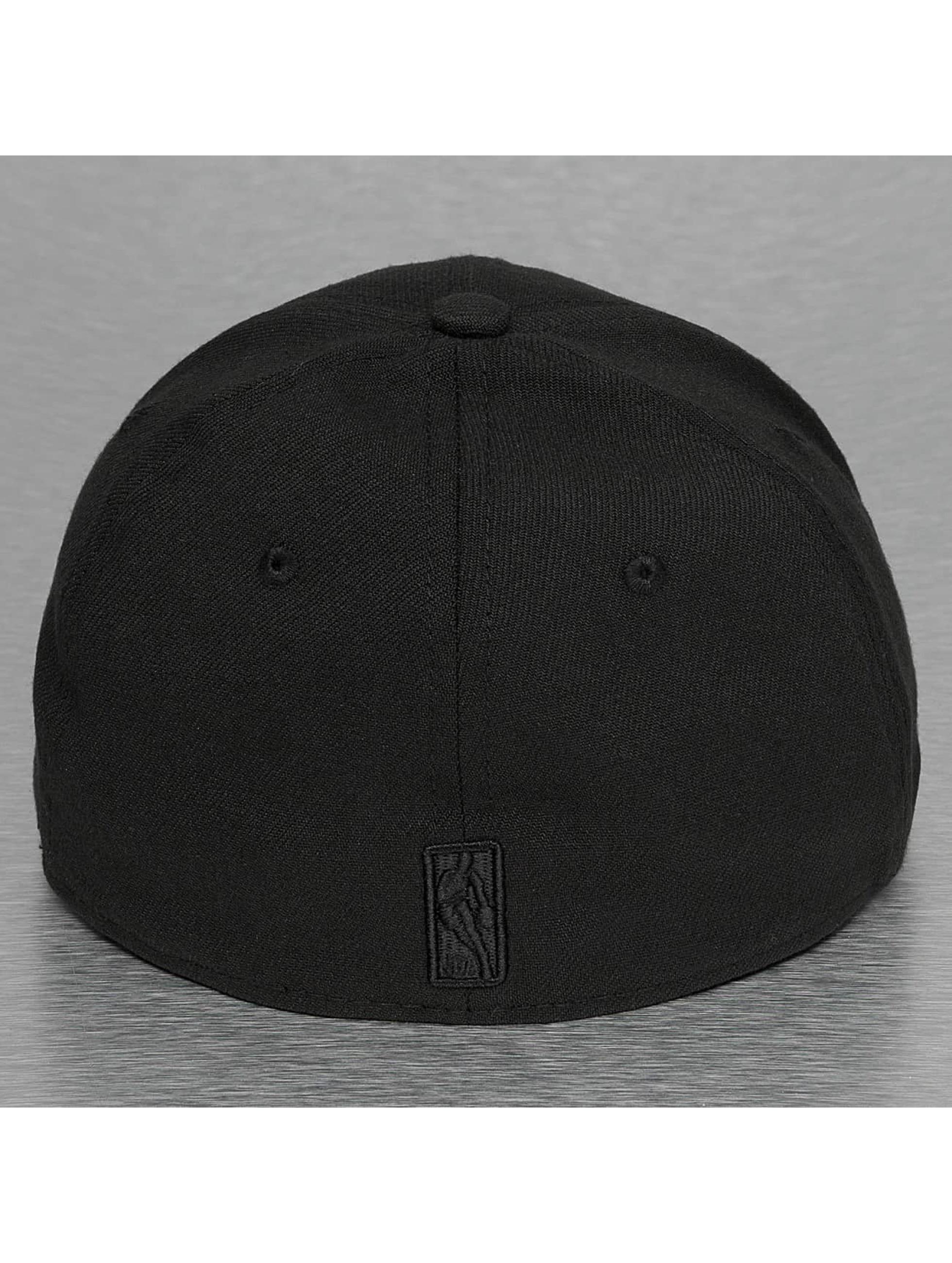 New Era Flexfitted Cap NBA Black On Black San Antonio Spurs 39Thirty black