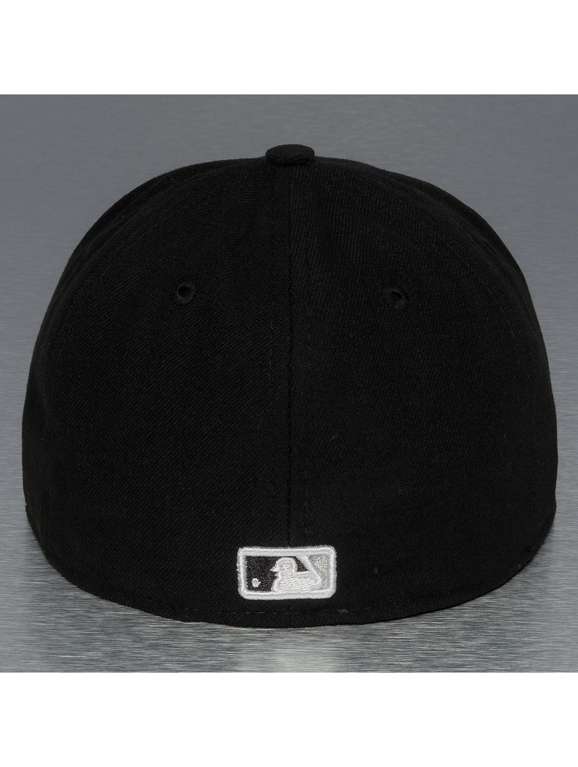 New Era Hip hop -lippikset UK Authentics Performance Chicago White Sox 59Fifty musta
