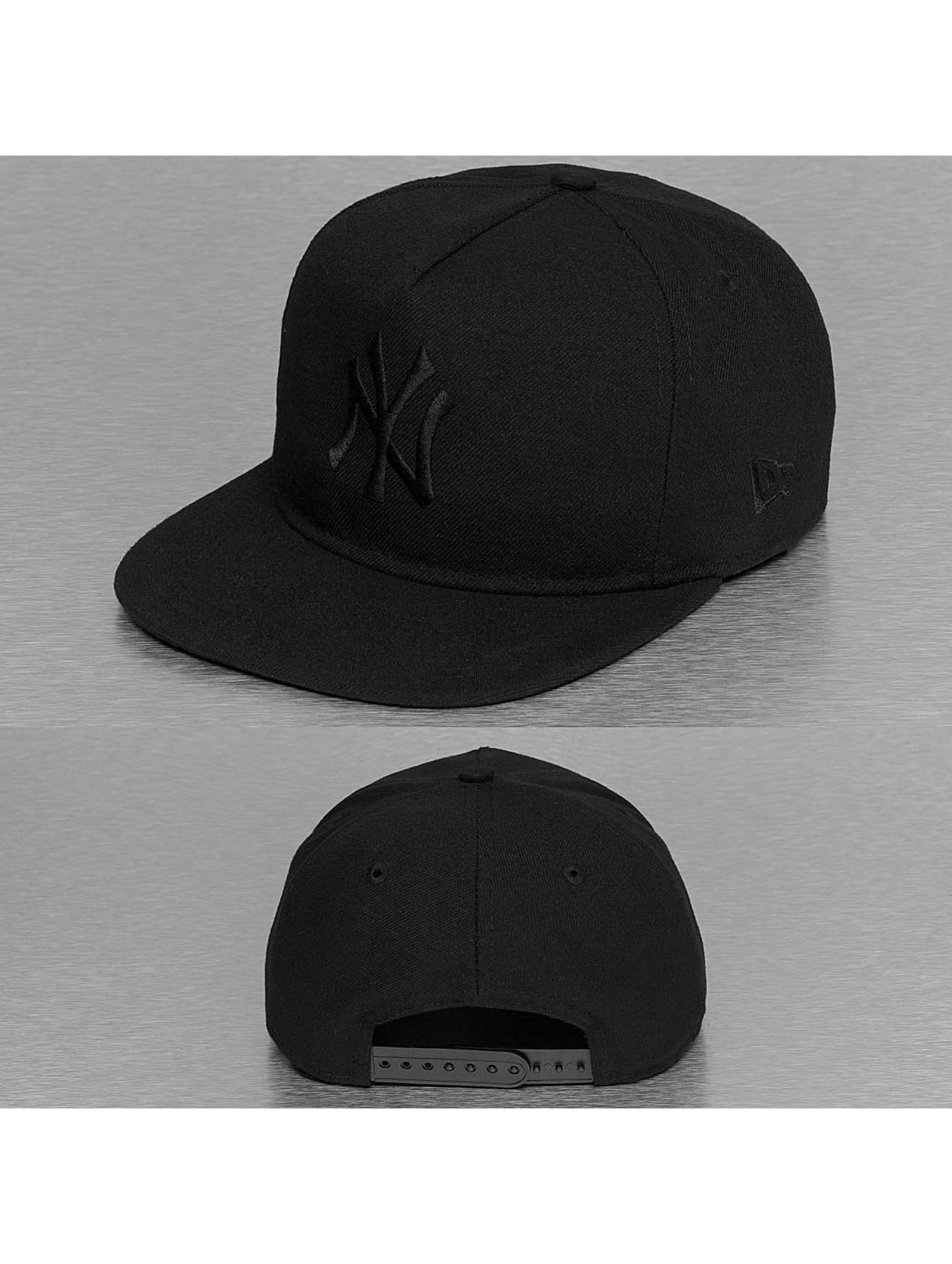 New Era Snapback Cap Tonal Unstructured NY Yankees 9Fifty black