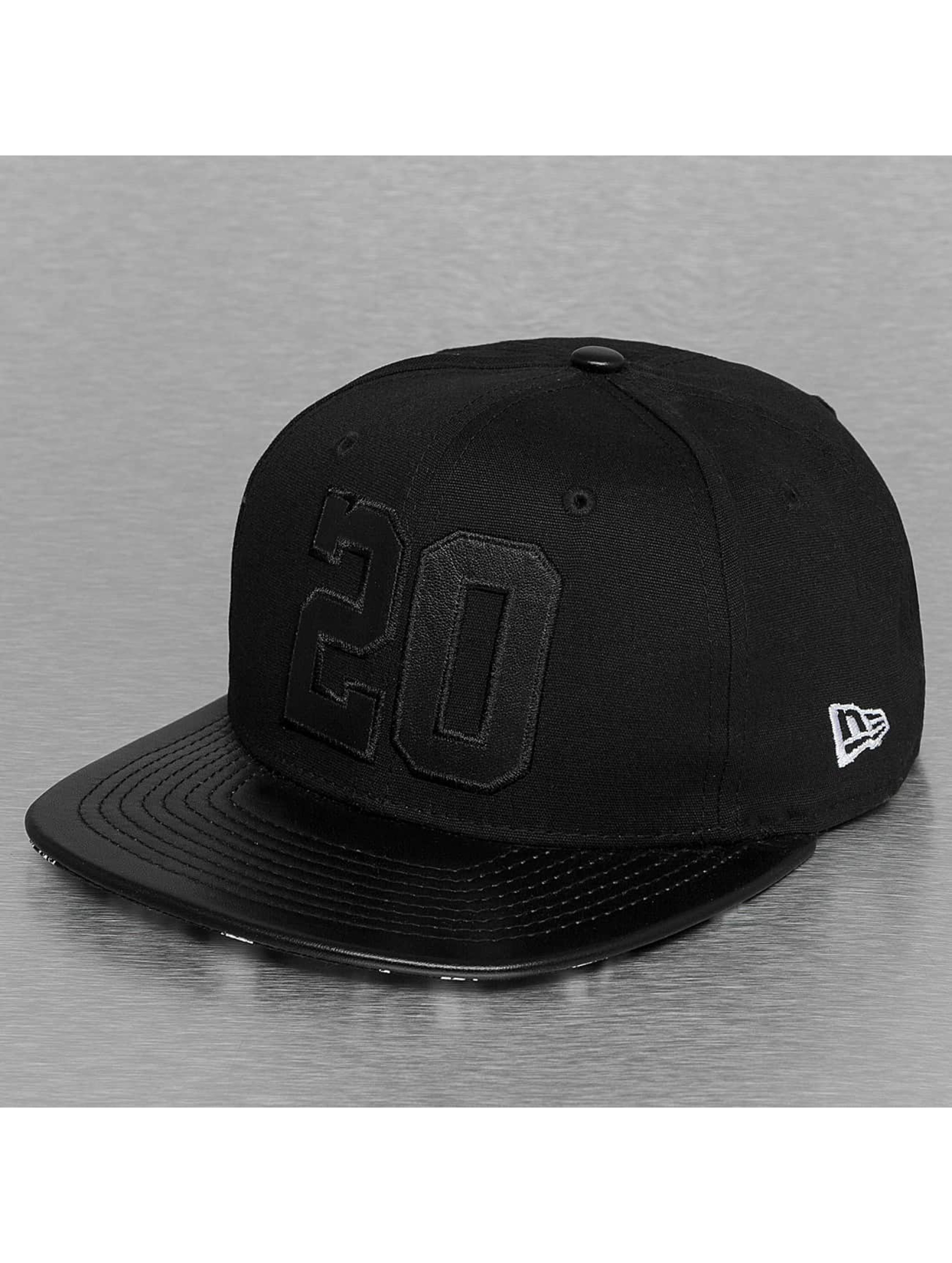 New Era Snapback Cap Leather Twenty 9Fifty black