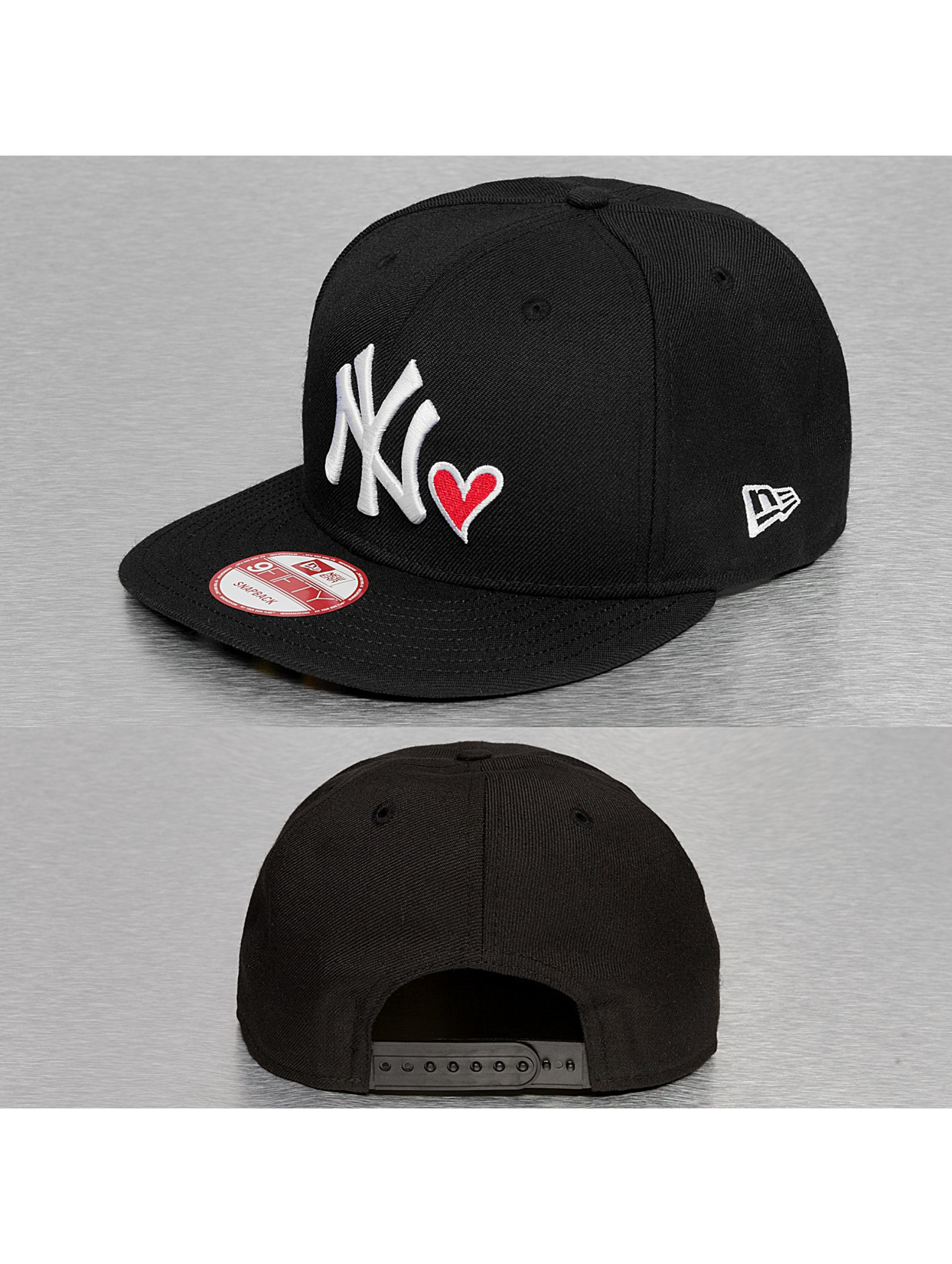 New Era Snapback Cap With Hearts NY Yankees schwarz