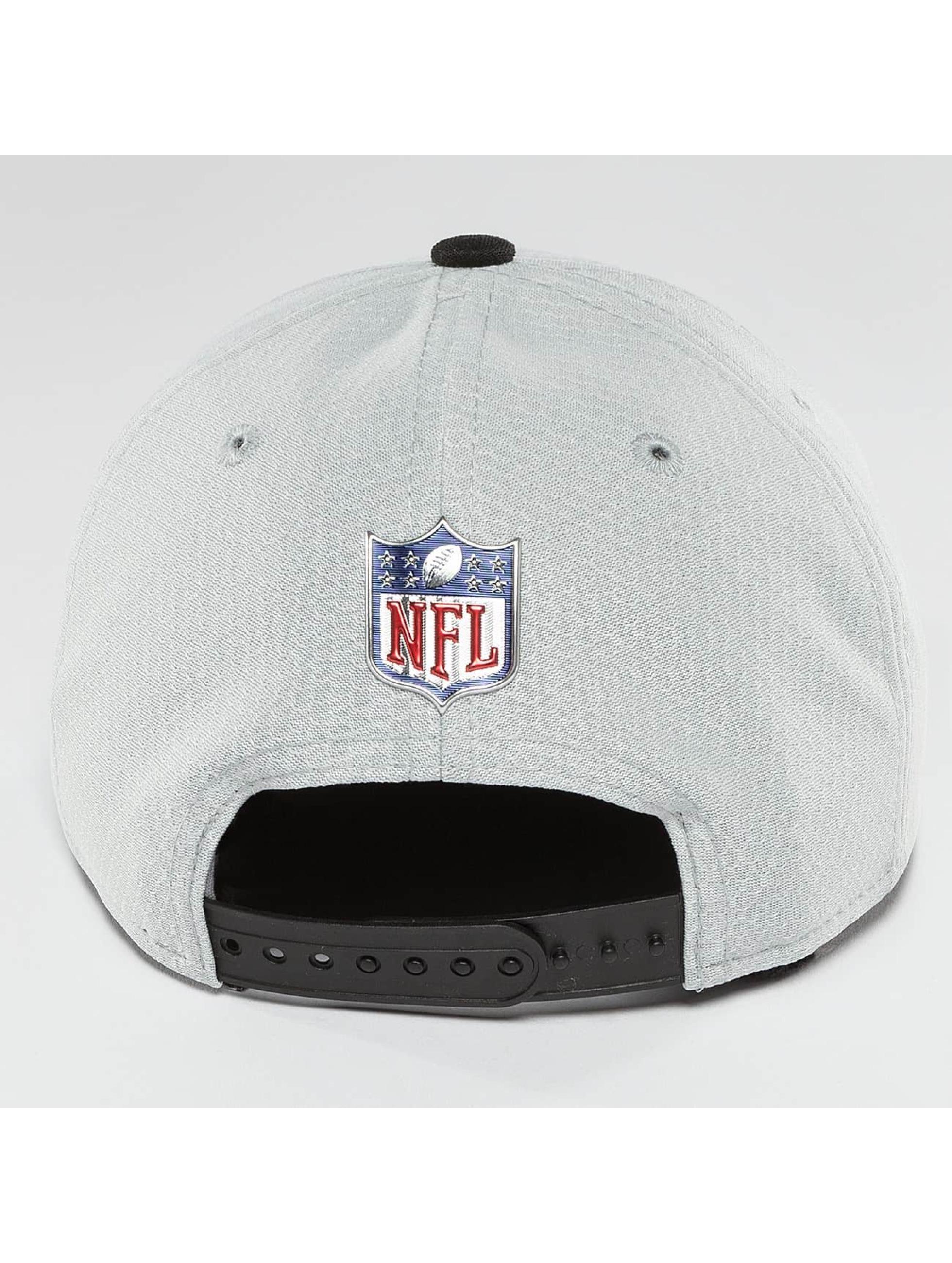 New Era Snapback Cap NFL On Field Oakland Raiders 9Fifty silver