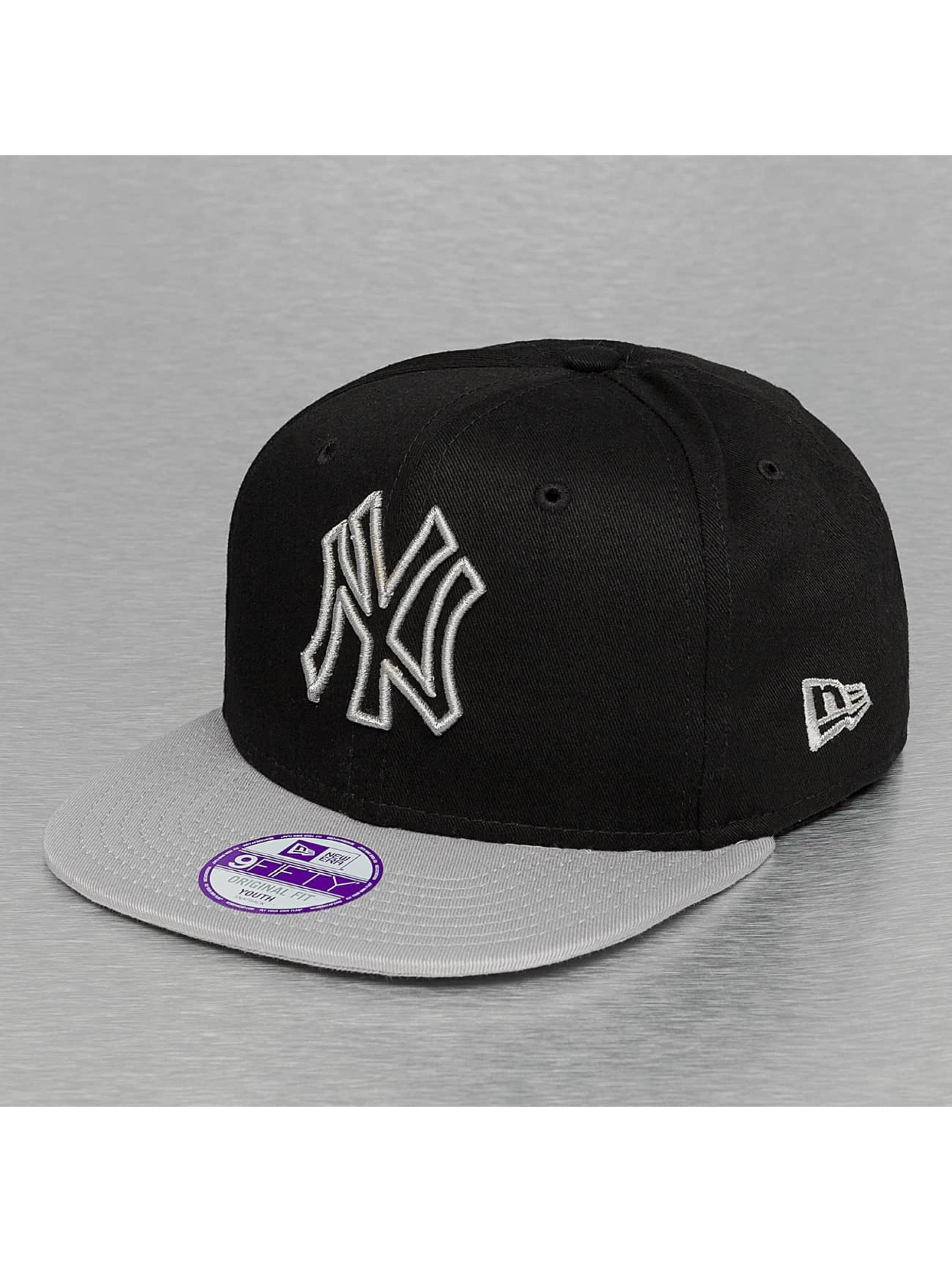 New Era Snapback Caps Seasonal Outline New York Yankees musta