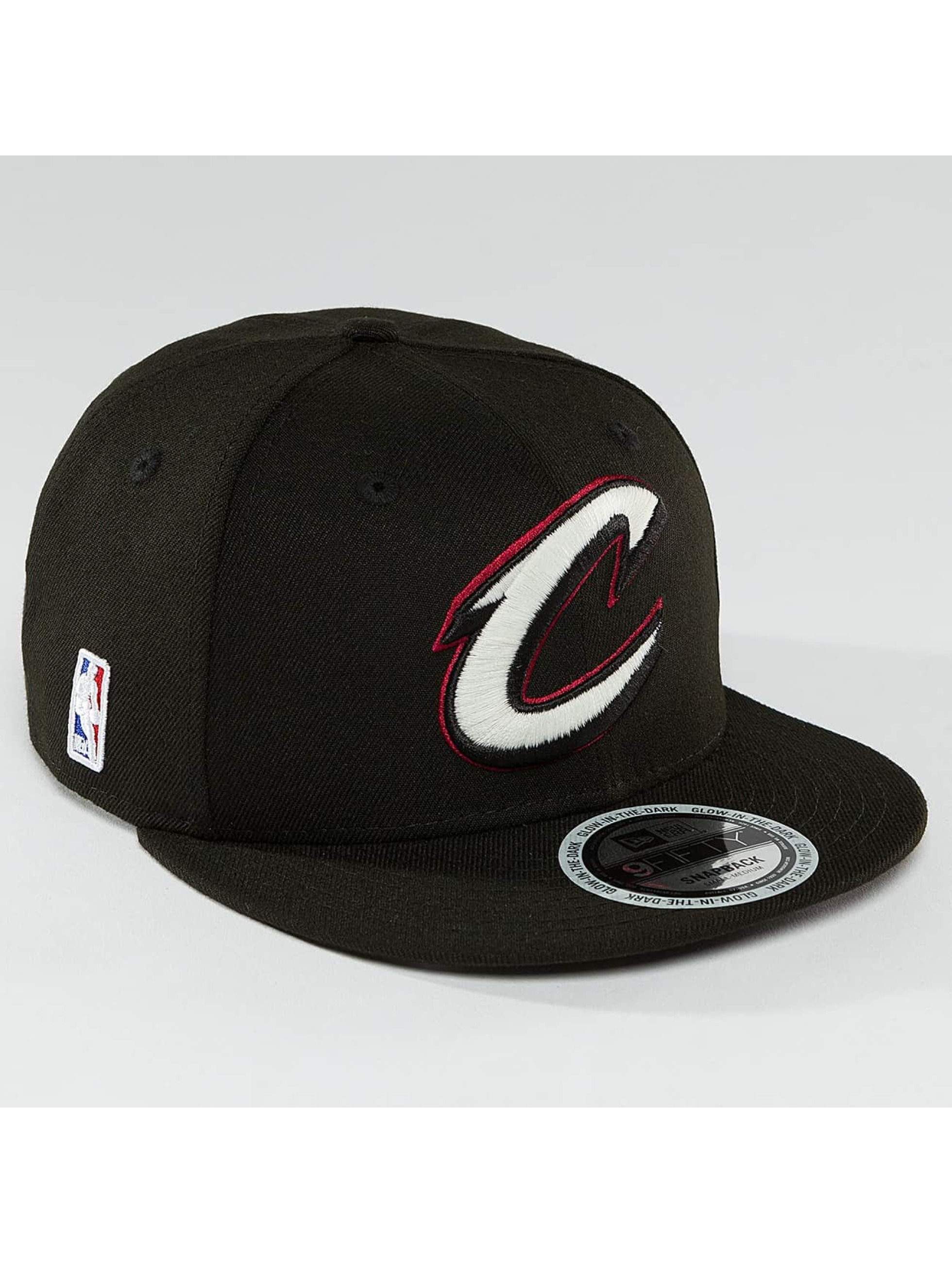 New Era Snapback Caps Team GITD Basic Cleveland Cavaliers 9Fifty svart