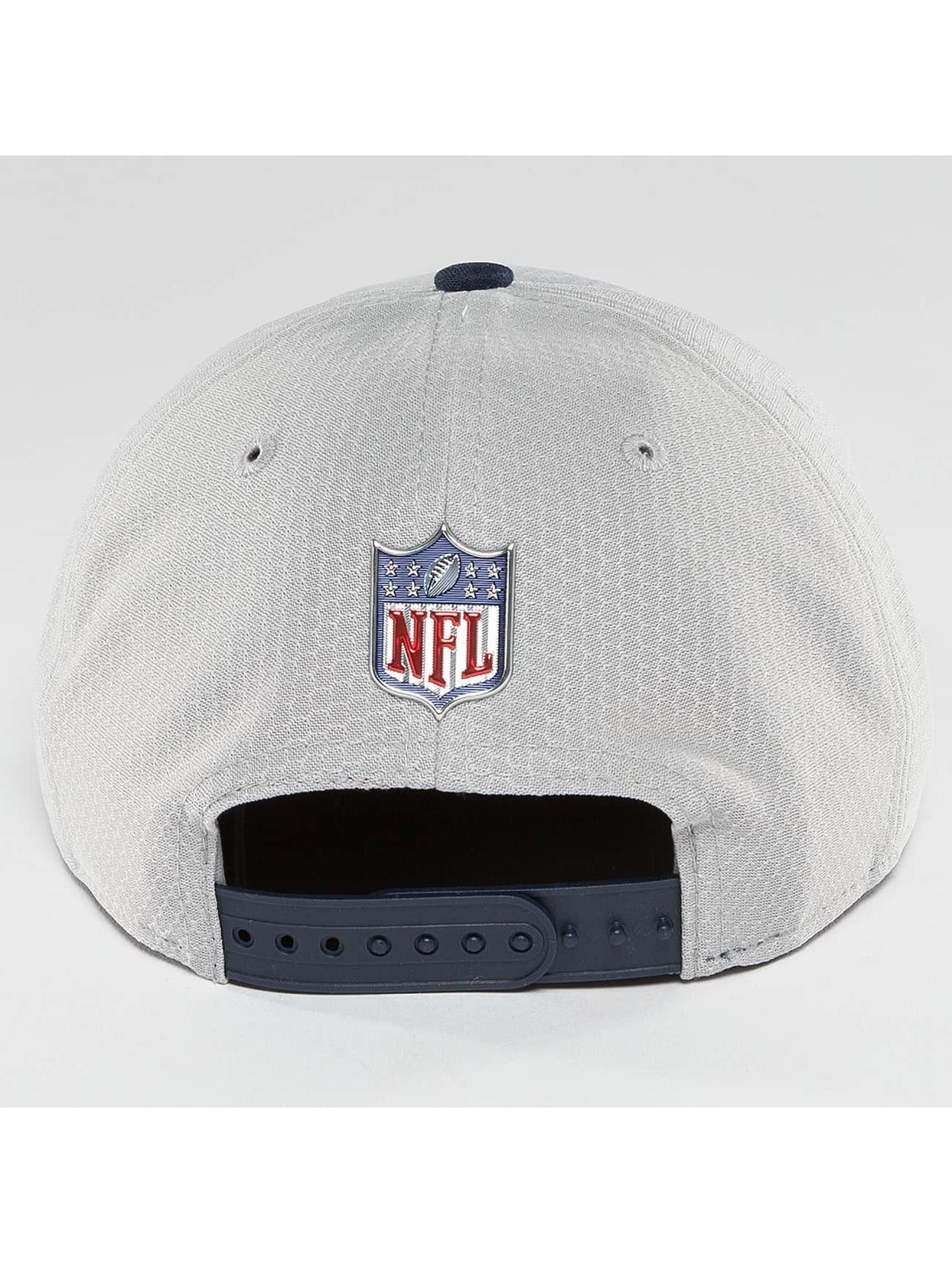 New Era Snapback Caps NFL On Field New England Patriots szary