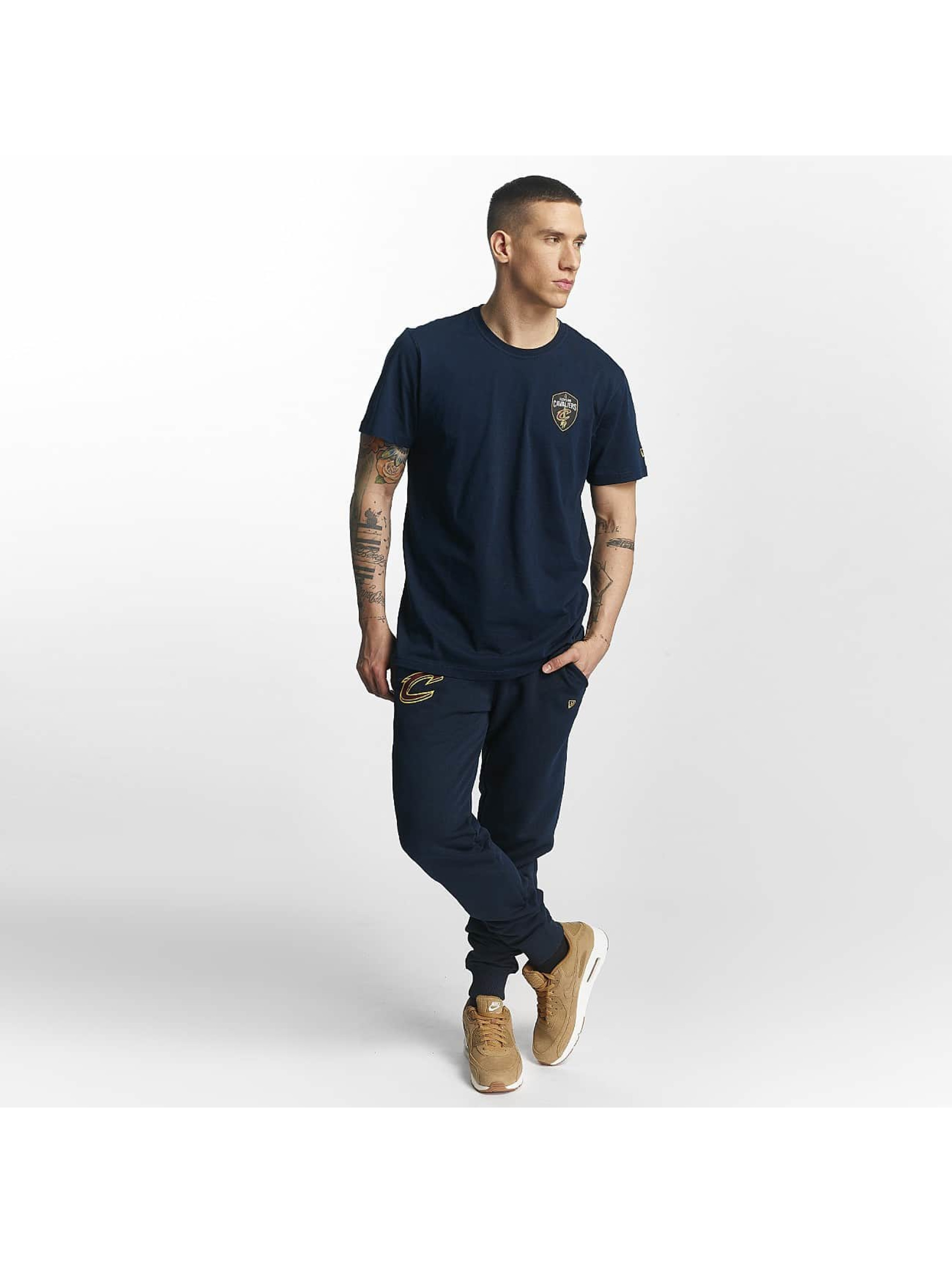 New Era T-skjorter Tip Off Cleveland Cavaliers Chest blå