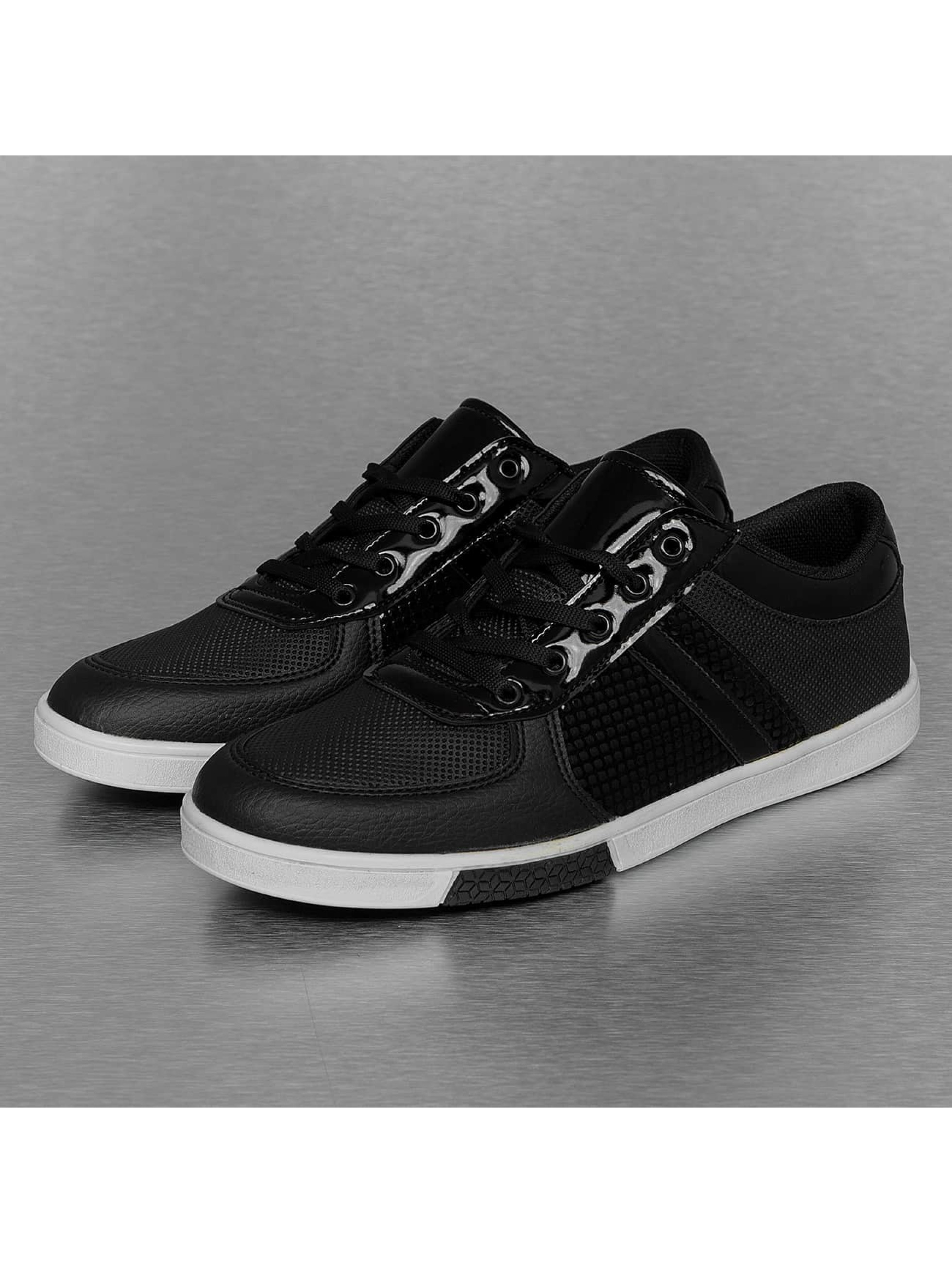 New York Style Sneakers Perforated Pattern black