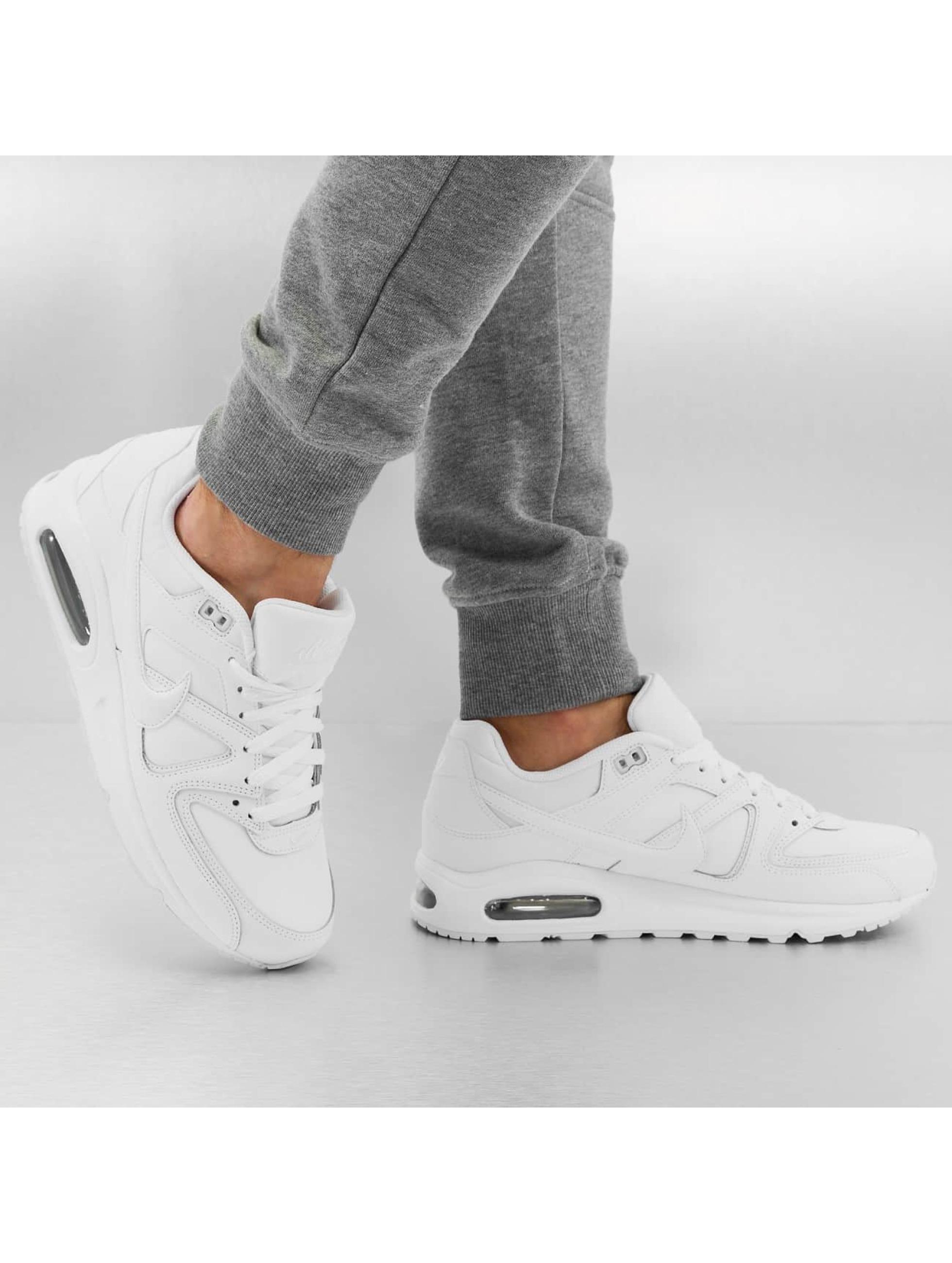 Nike Сникеры Air Max Command Leather белый