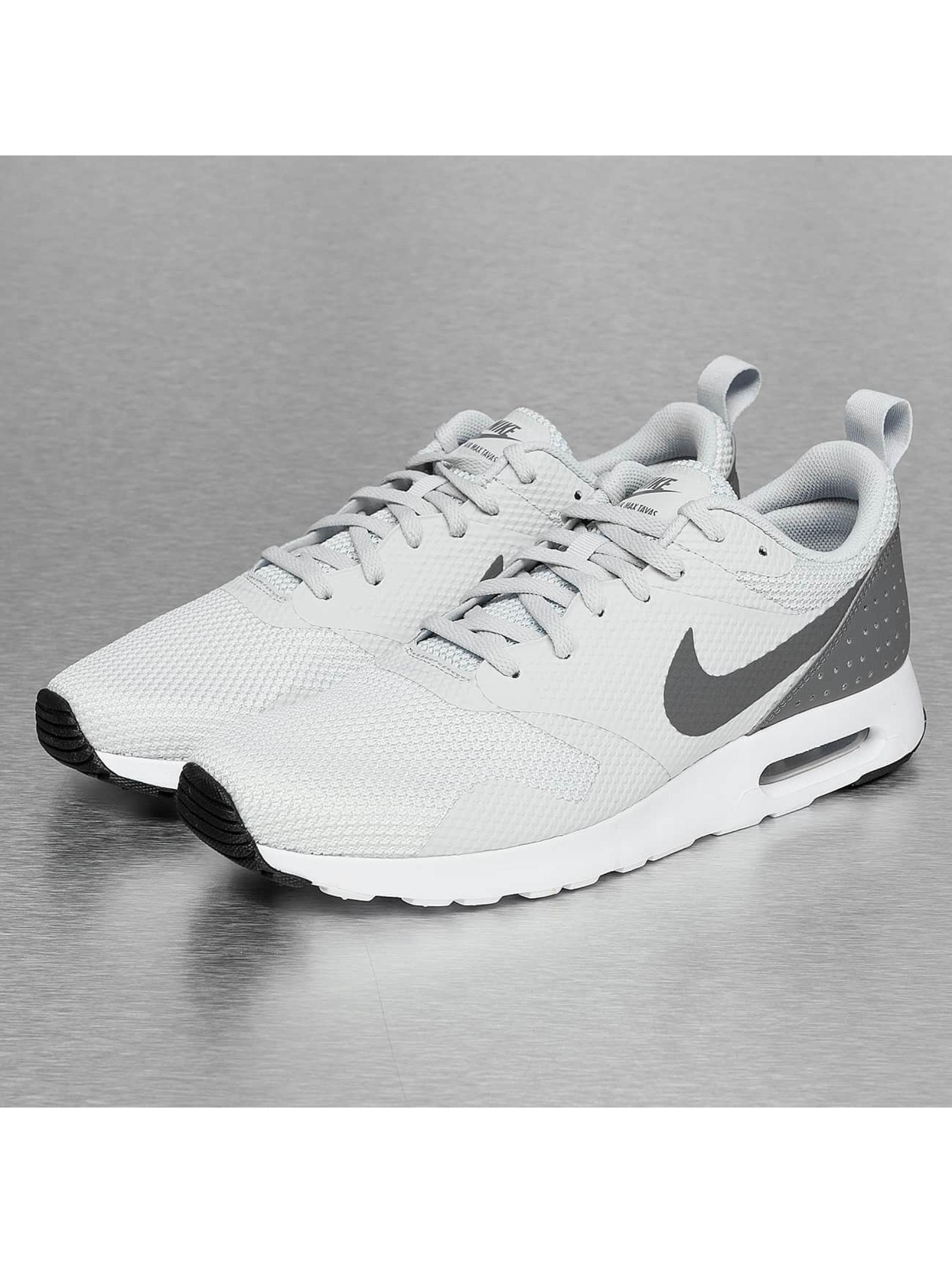 Nike Сникеры Air Max Tavas серый