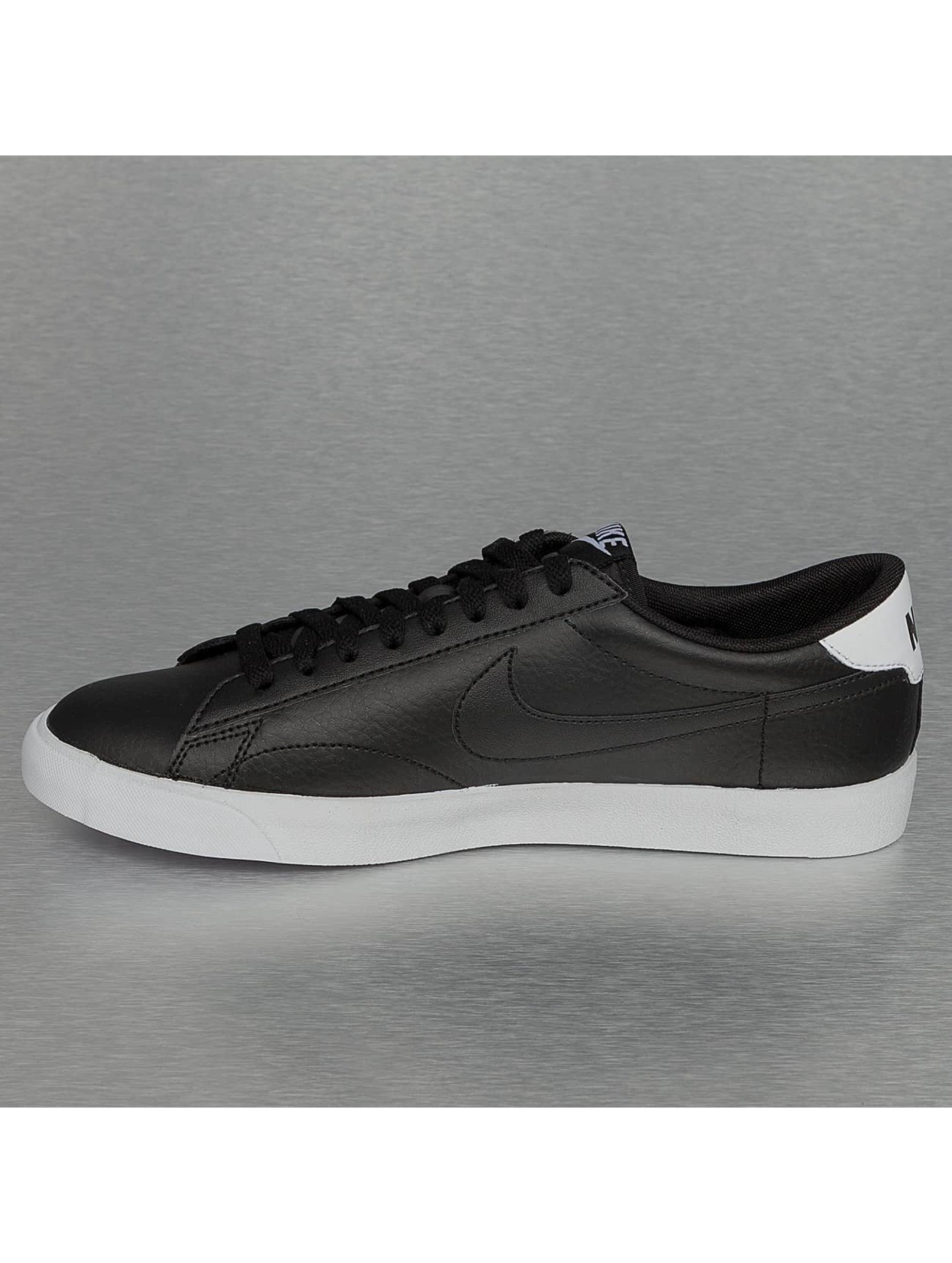 Nike Сникеры Tennis Classic AC черный