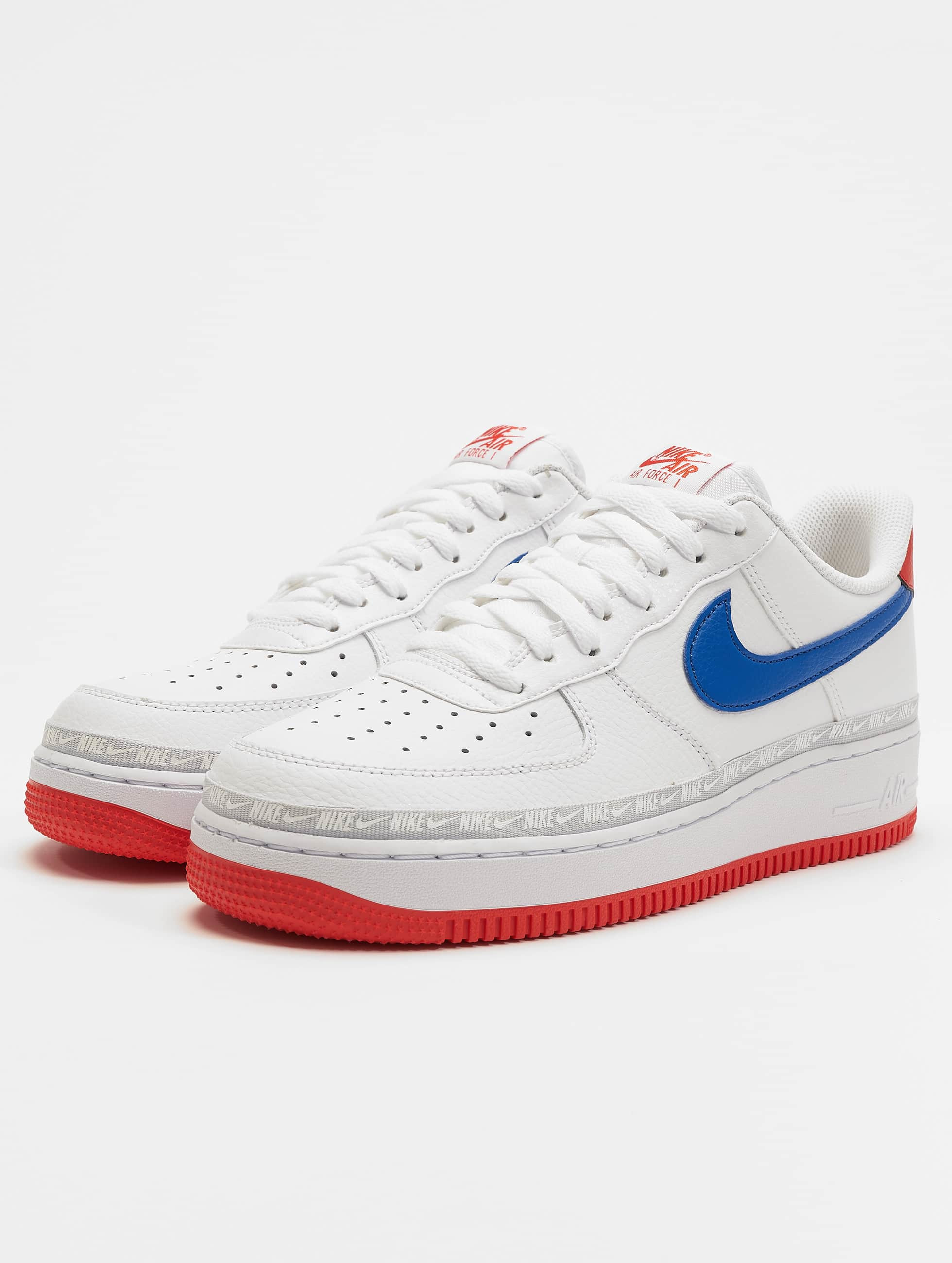 low priced dd5c8 4ce84 Nike   Air Force 1 `07 LV8 blanc Homme Baskets 589907