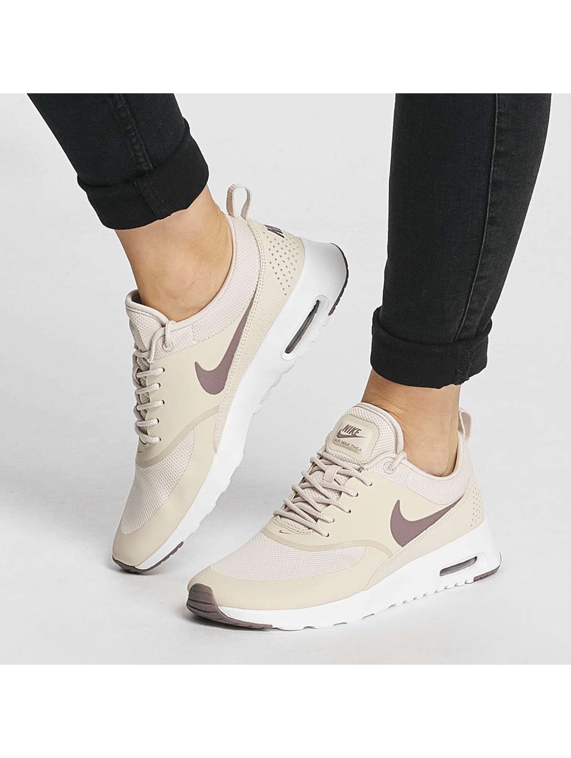 Nike Baskets Air Max Thea brun
