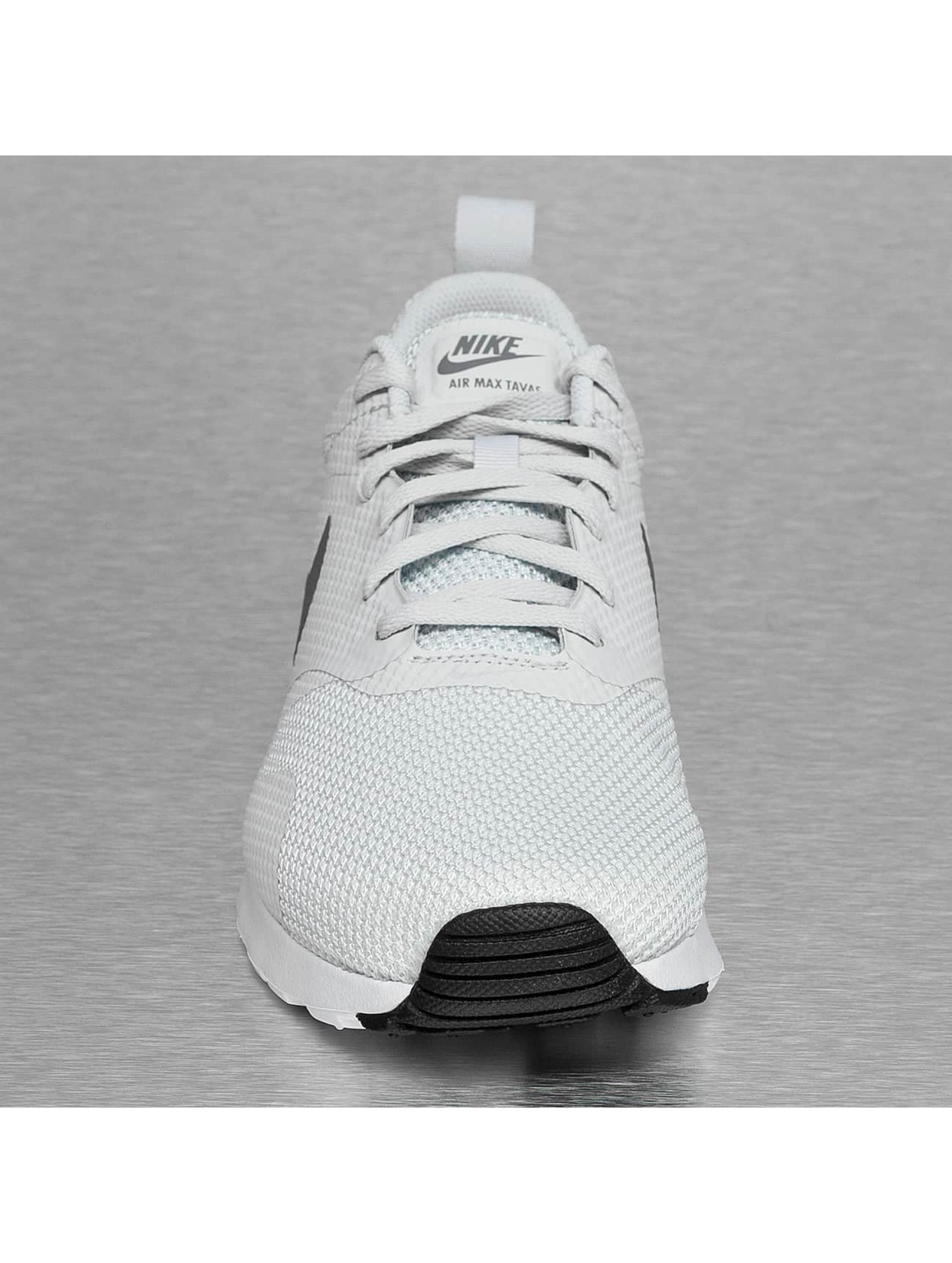 Nike Baskets Air Max Tavas gris
