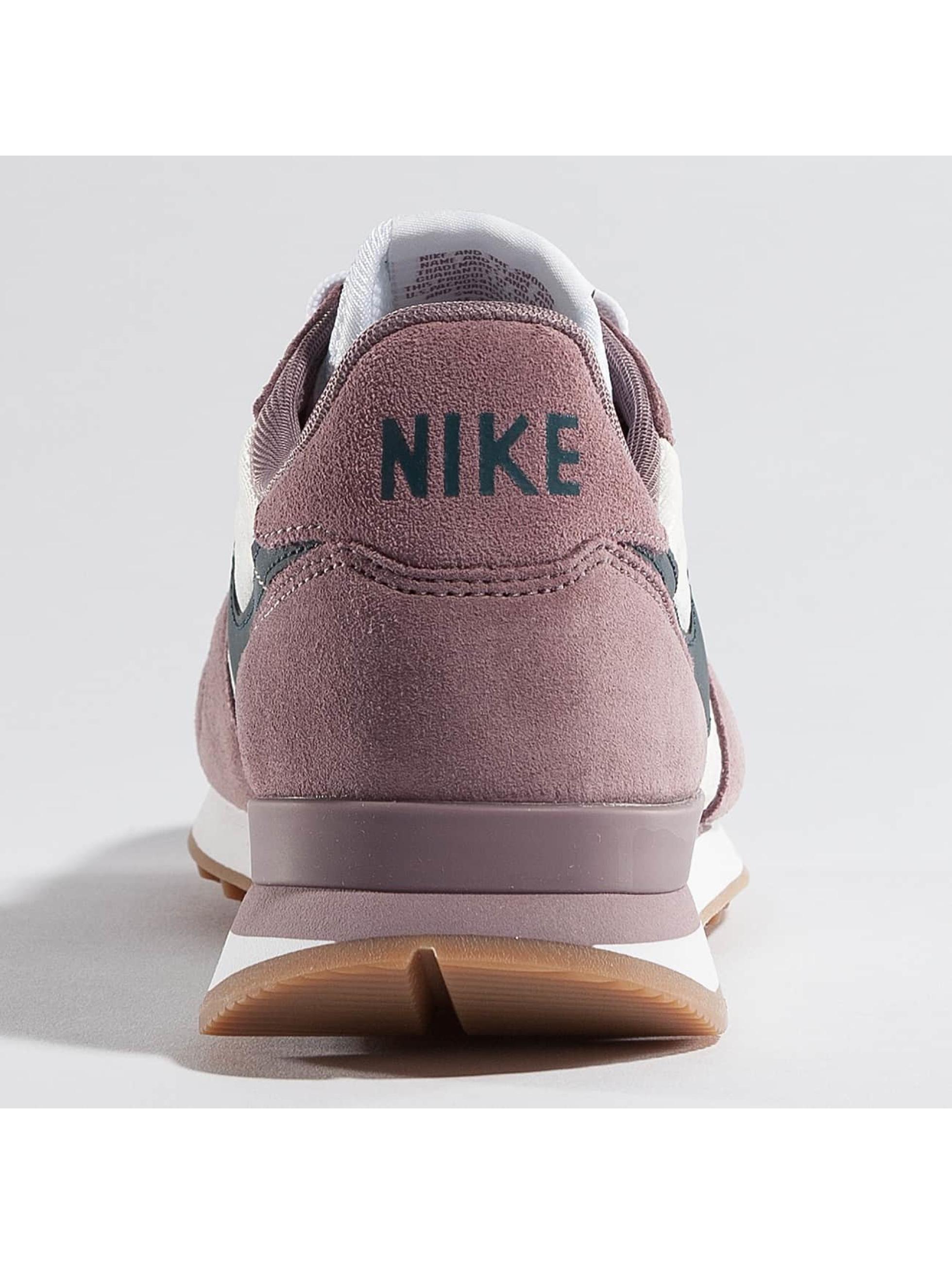 Nike Baskets Internationalist Women's gris