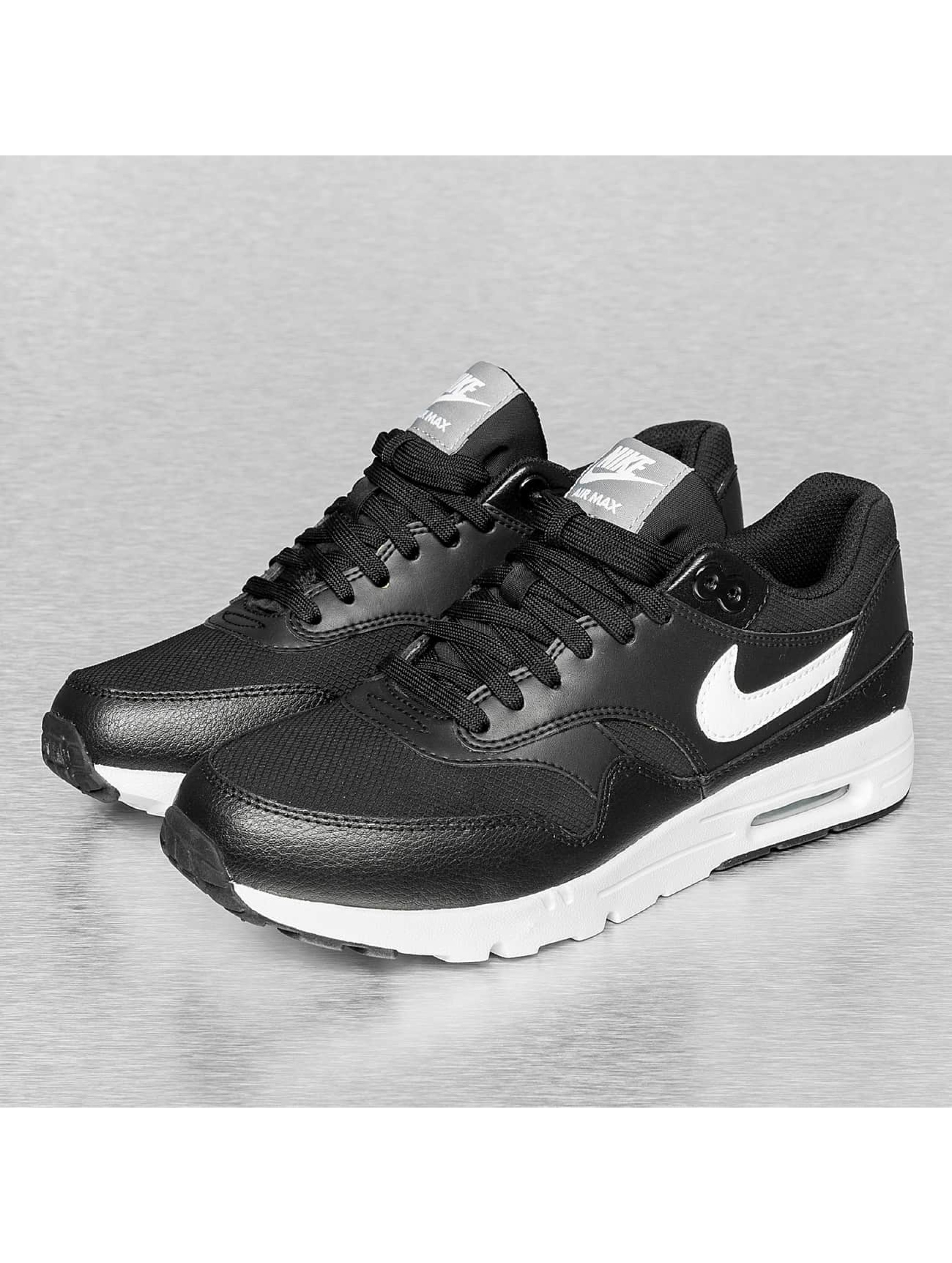 Nike Chaussures Air Max 1 Ultra Essential W Nike