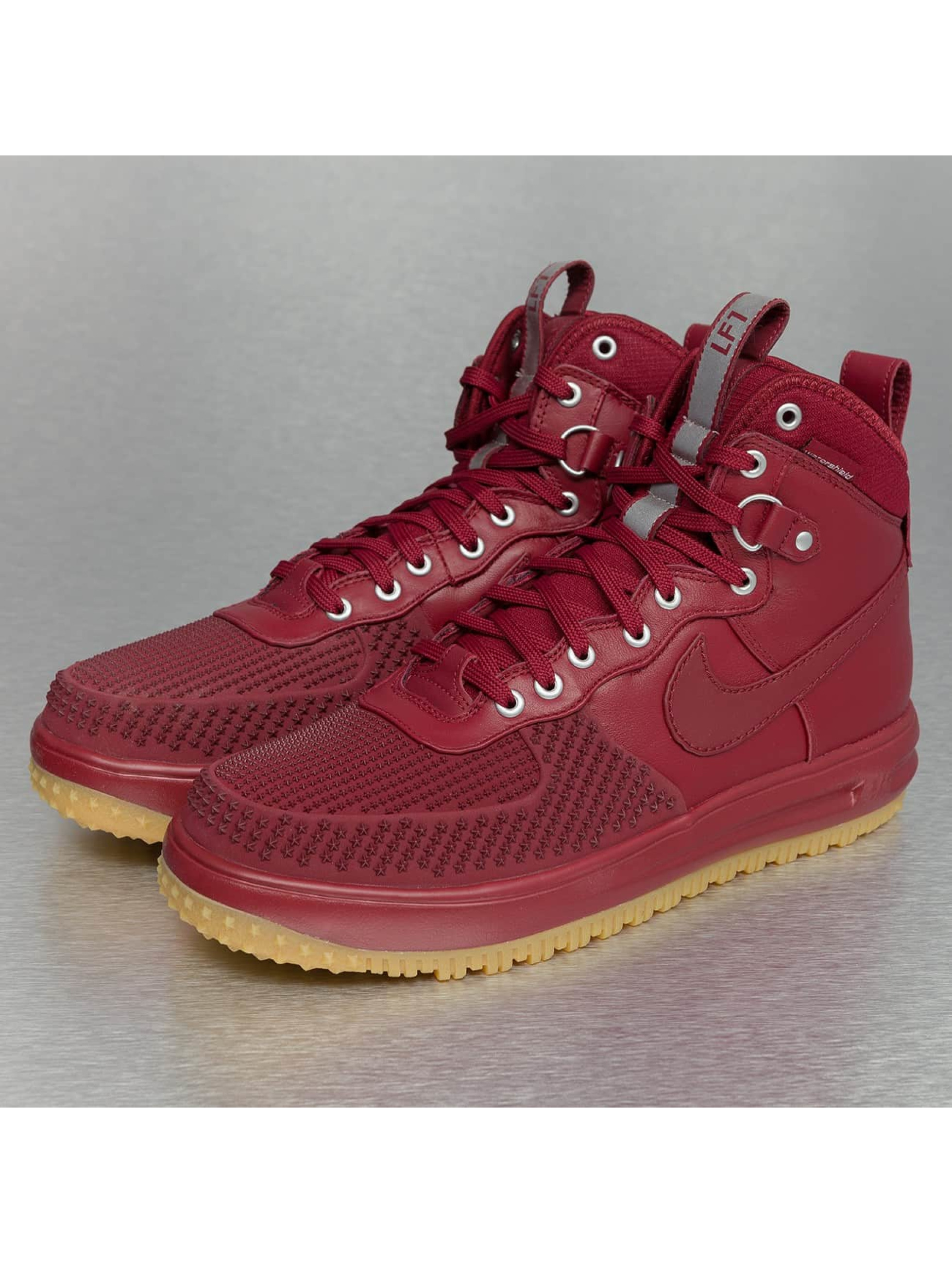 Boots Lunar Force 1 in rot