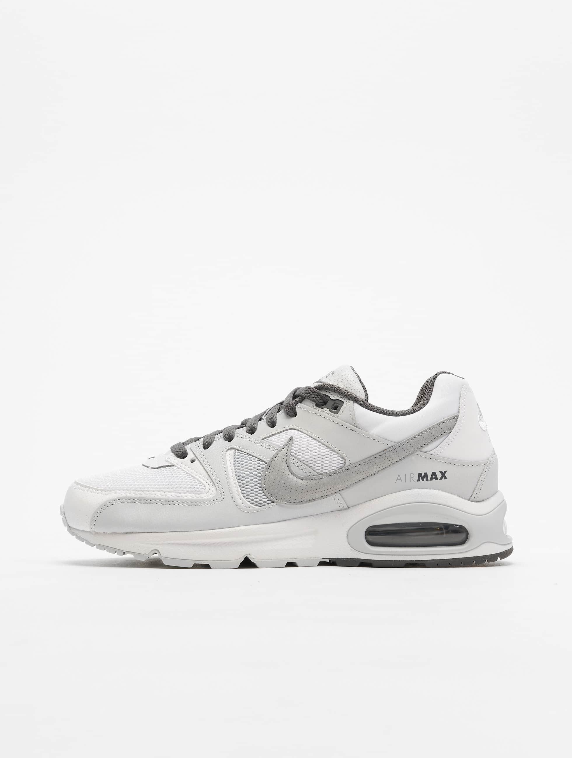 11f96b05d65e0 Nike Herren Fitnessschuhe Air Max Command in weiß 587728