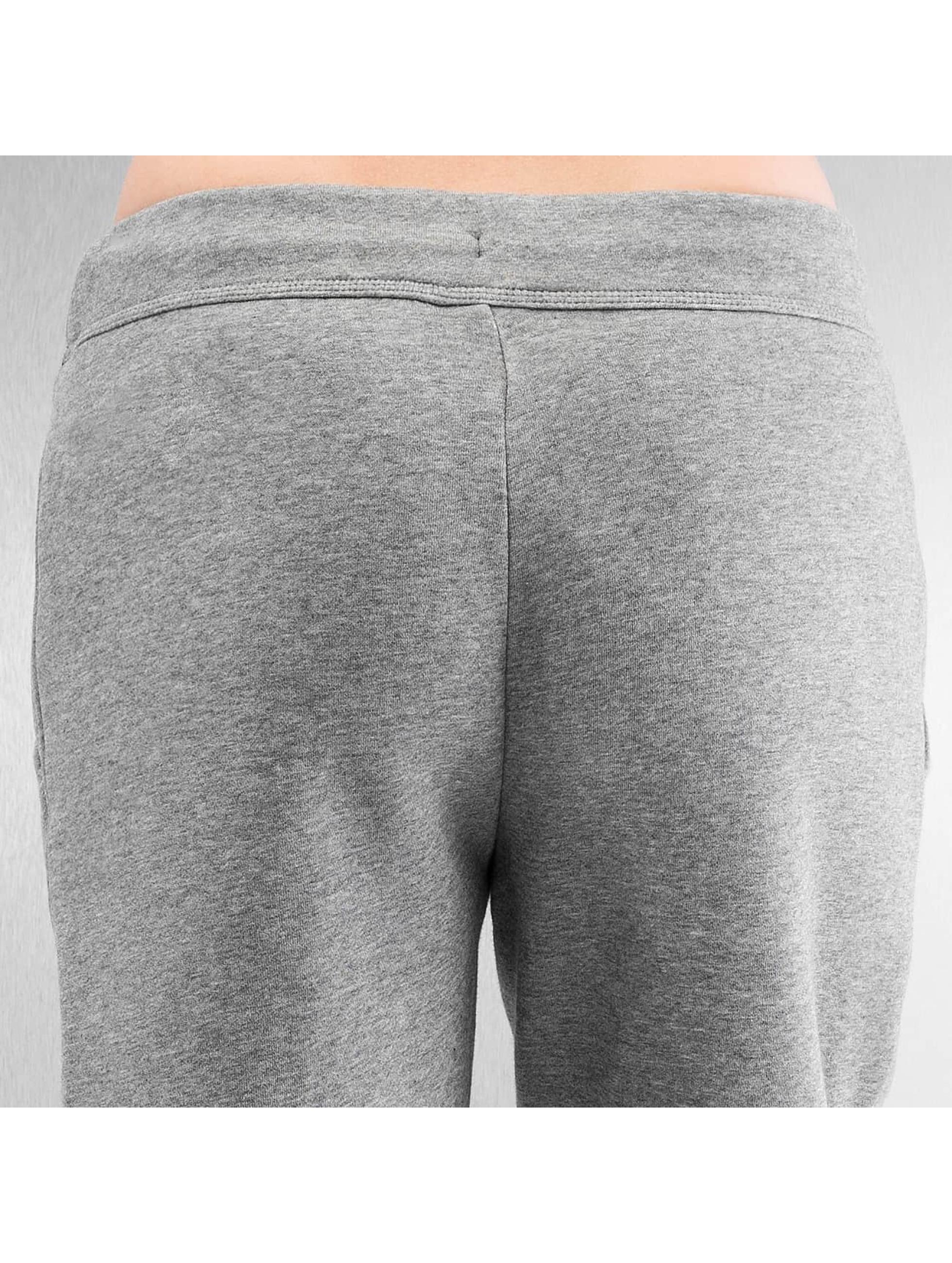 Nike Jogging Sportswear Rally gris