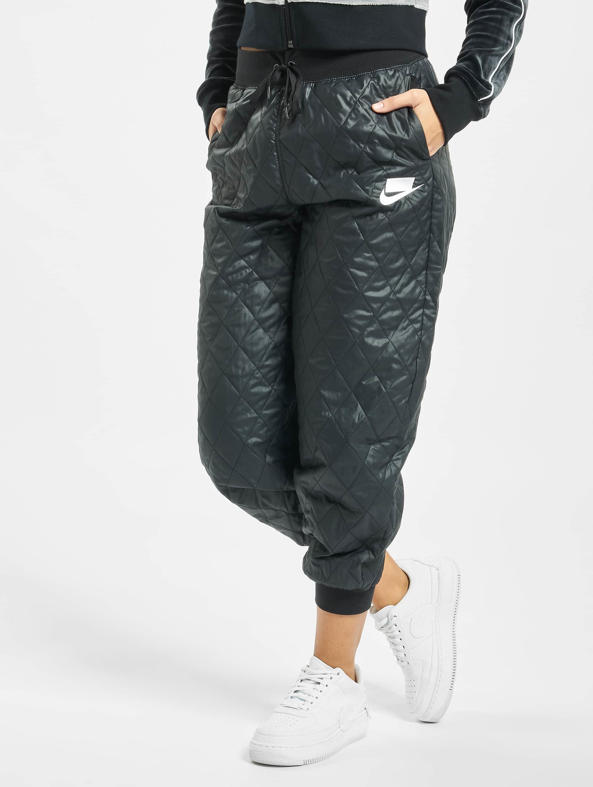 Nike Quilted Sweat Pants BlackBlackBlackWhite