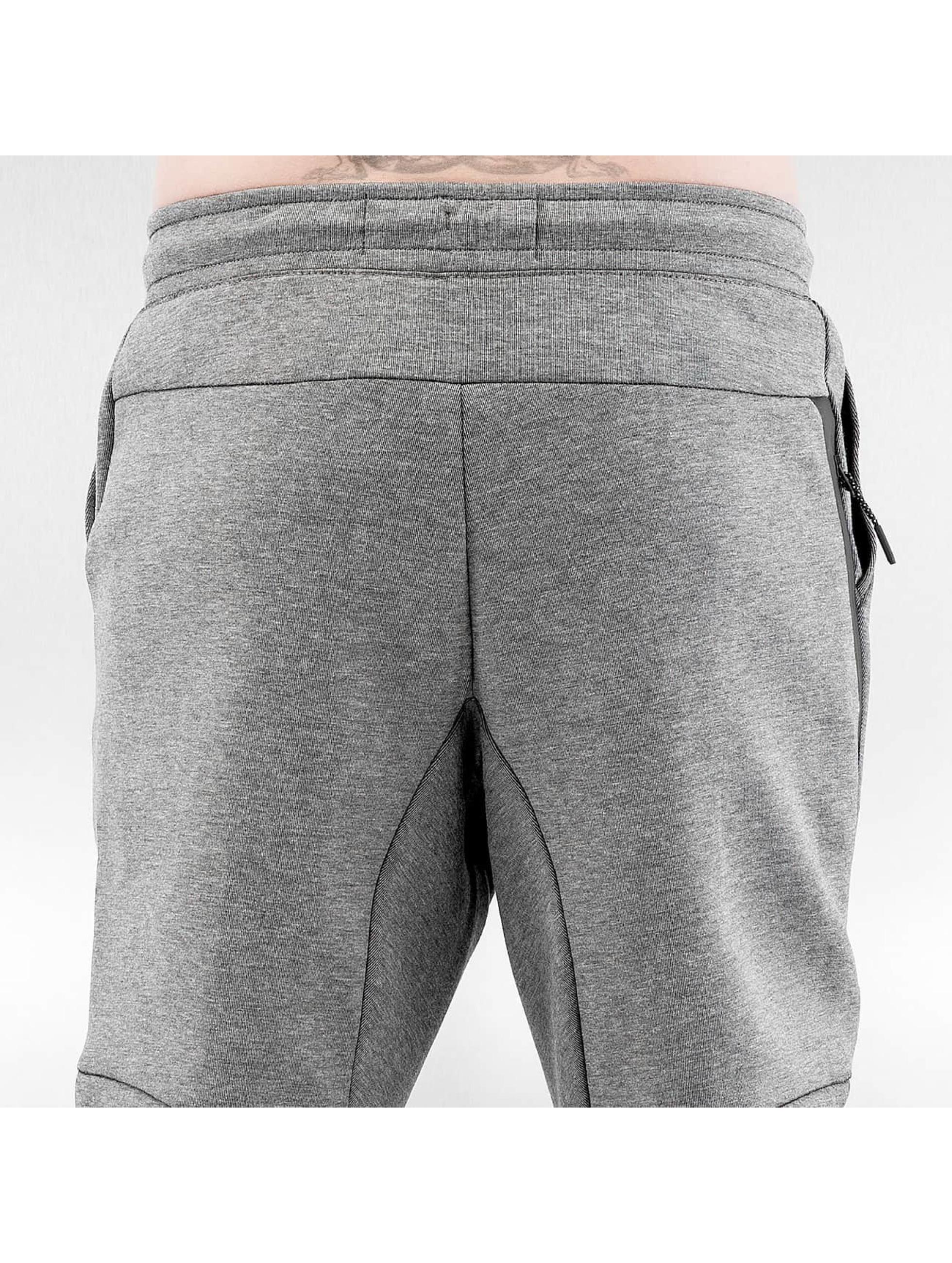 Nike Joggingbyxor Sportswear Tech Fleece grå